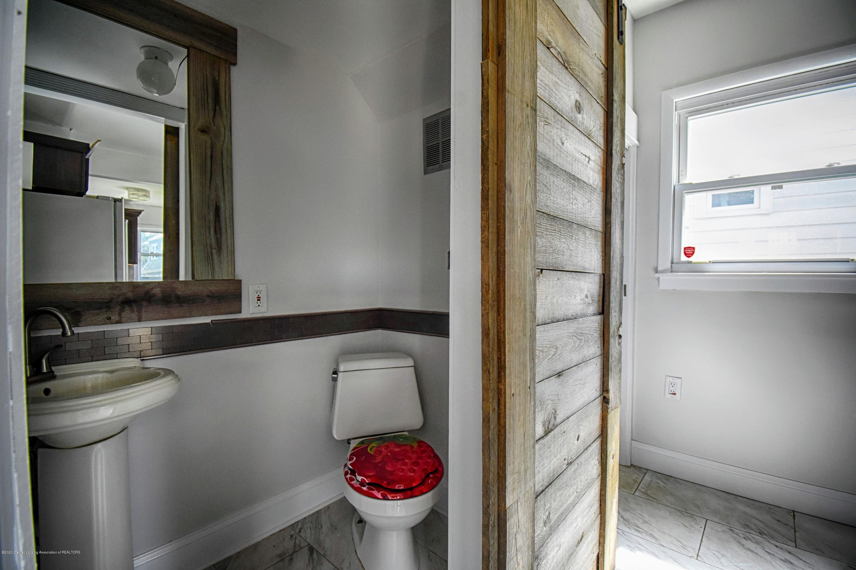 2418 Markley Pl - Bathroom - 8