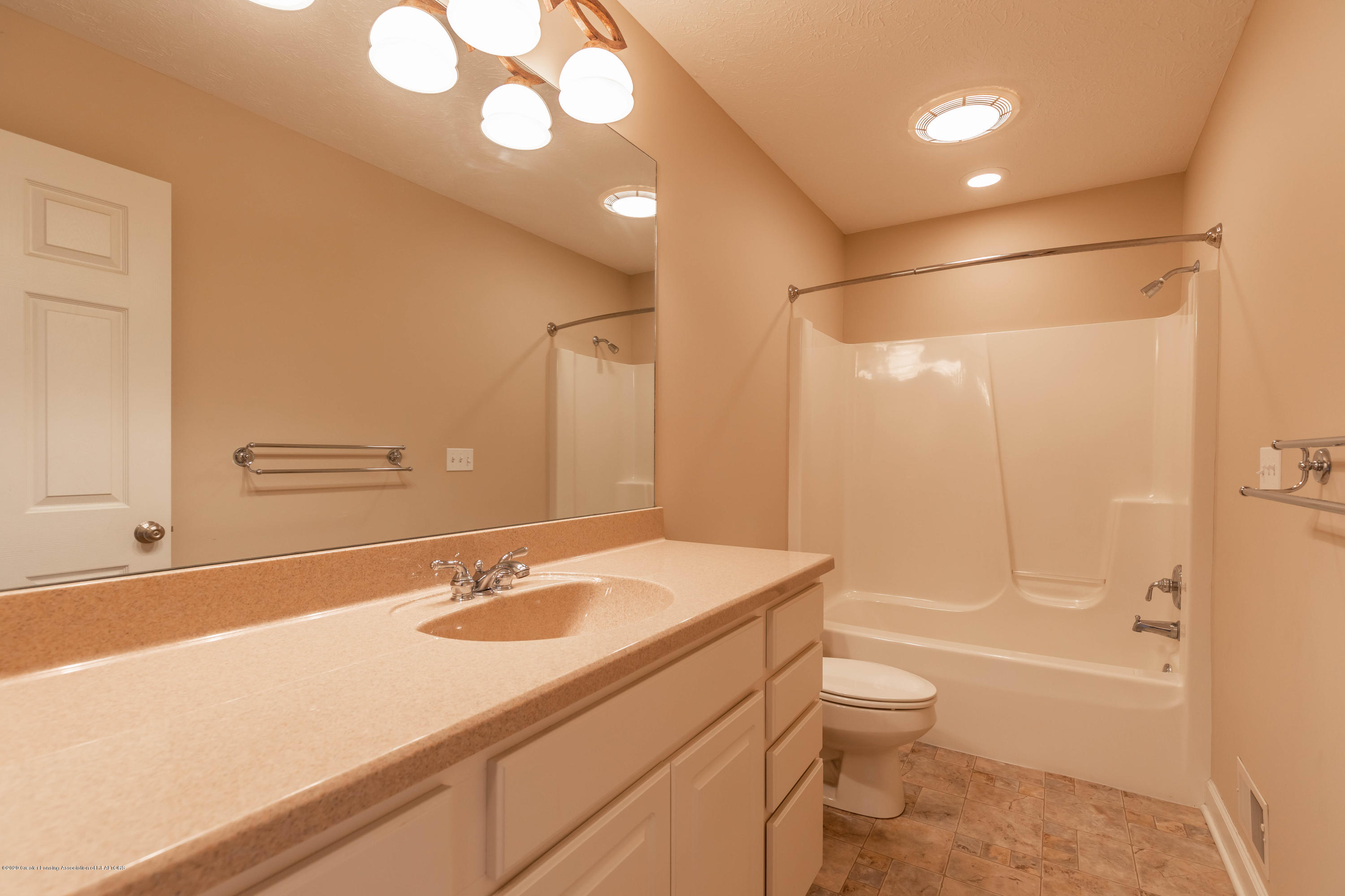 12810 Chartreuse Dr - chartreuseusbath (1 of 1) - 36