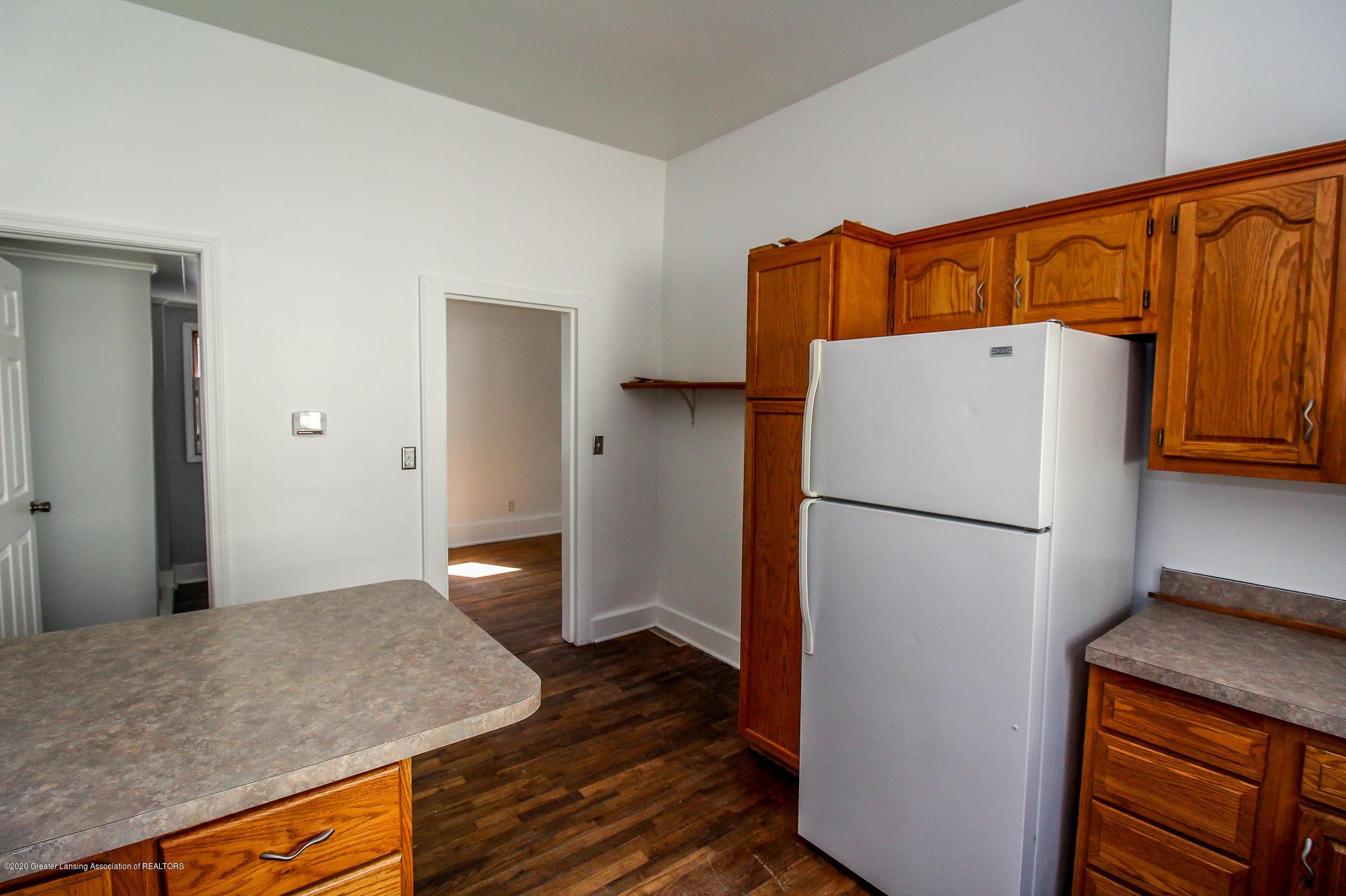 621 Pleasant St - Kitchen - 17