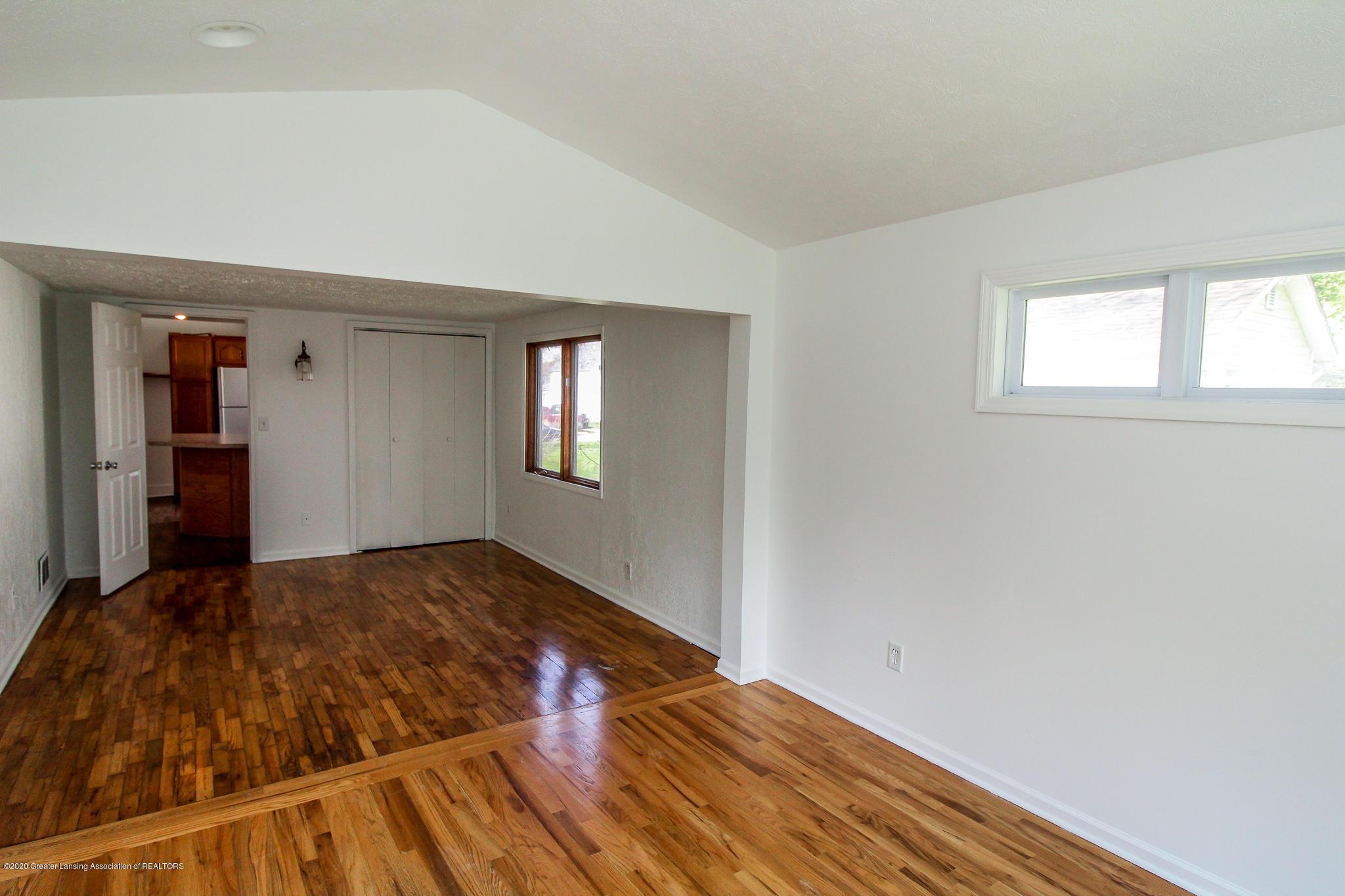 621 Pleasant St - Master Bedroom - 21