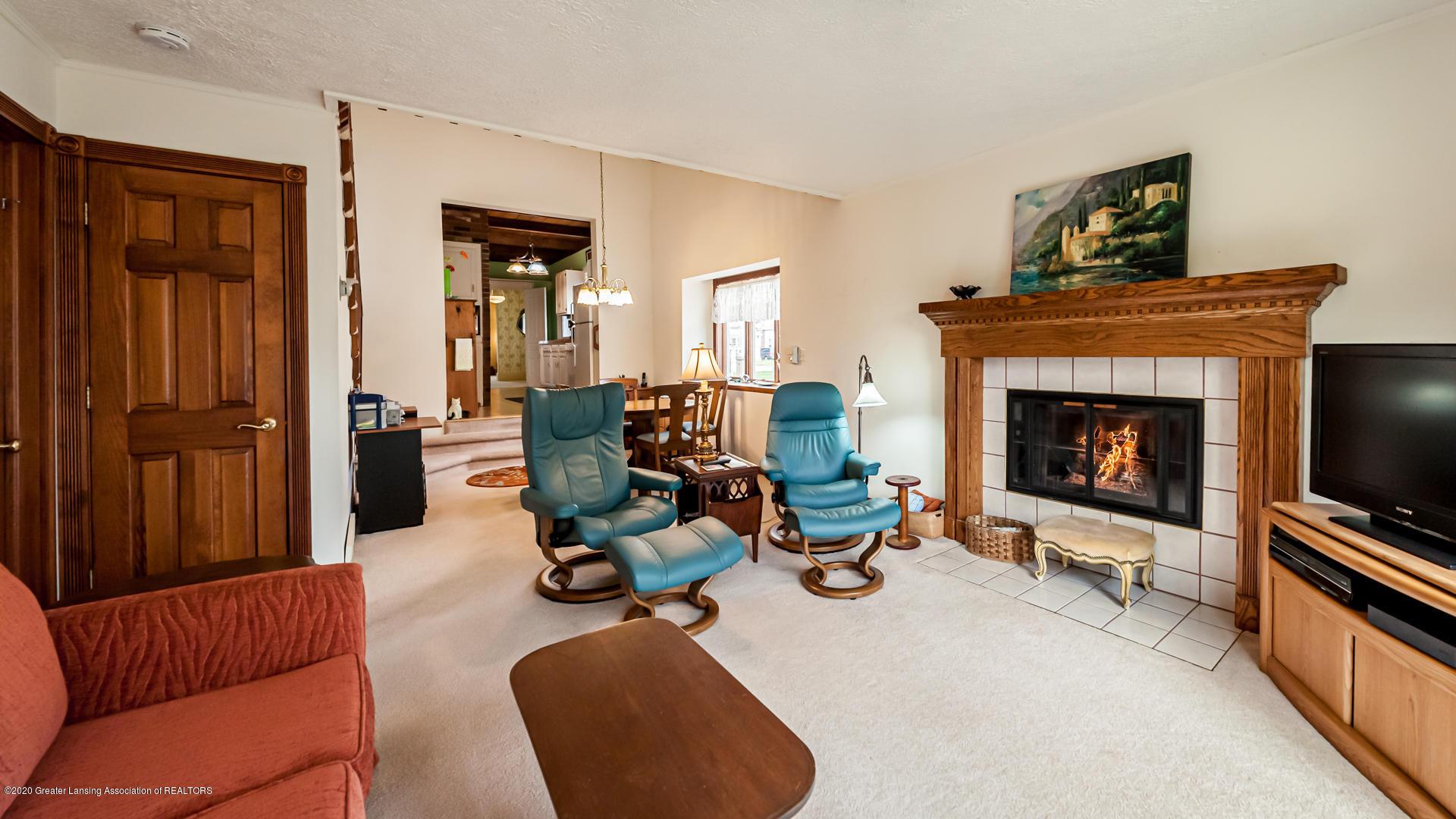 815 W Jefferson St - Living Room - 3