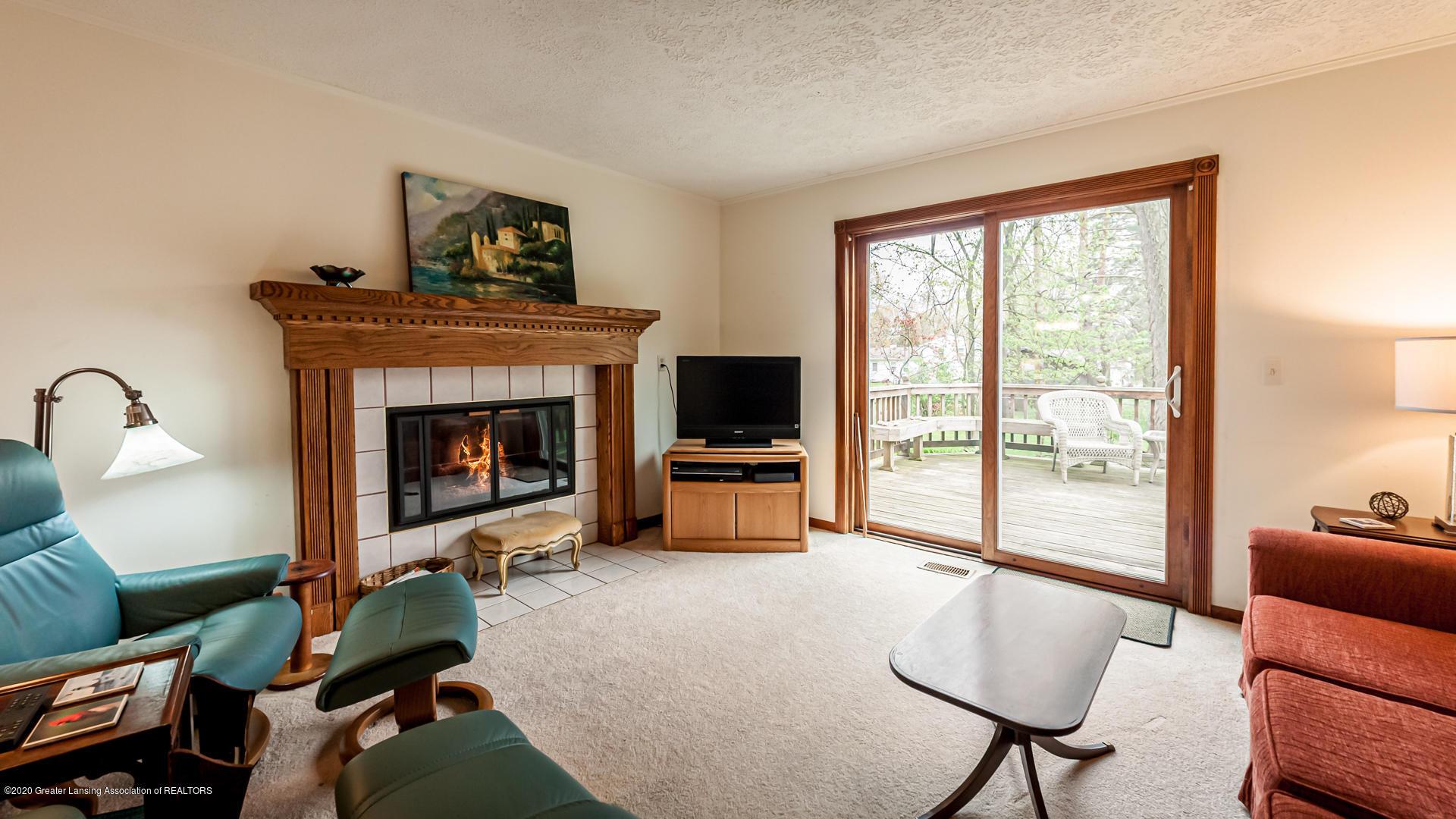 815 W Jefferson St - Living Room - 4