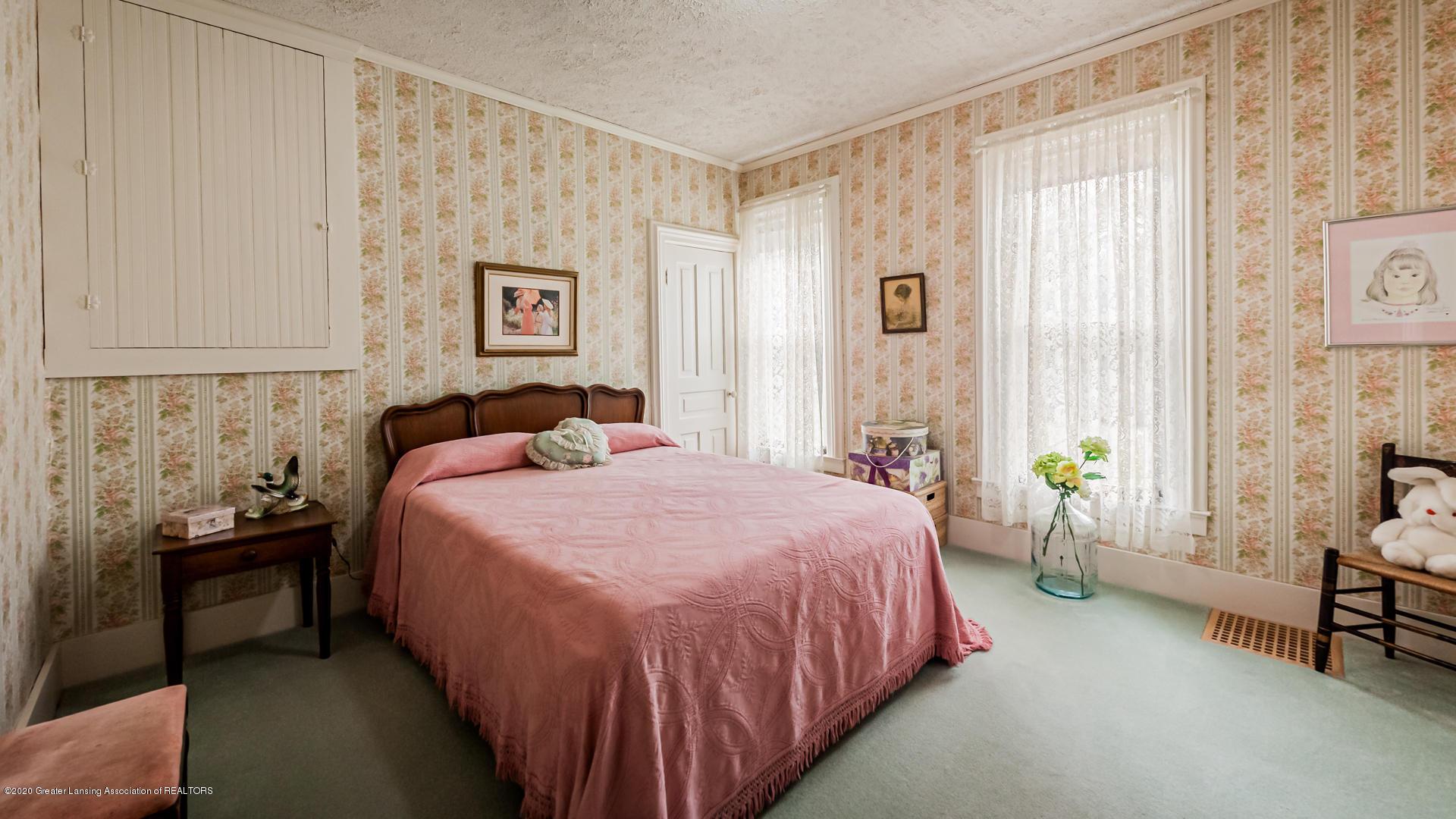 815 W Jefferson St - Bedroom - 9