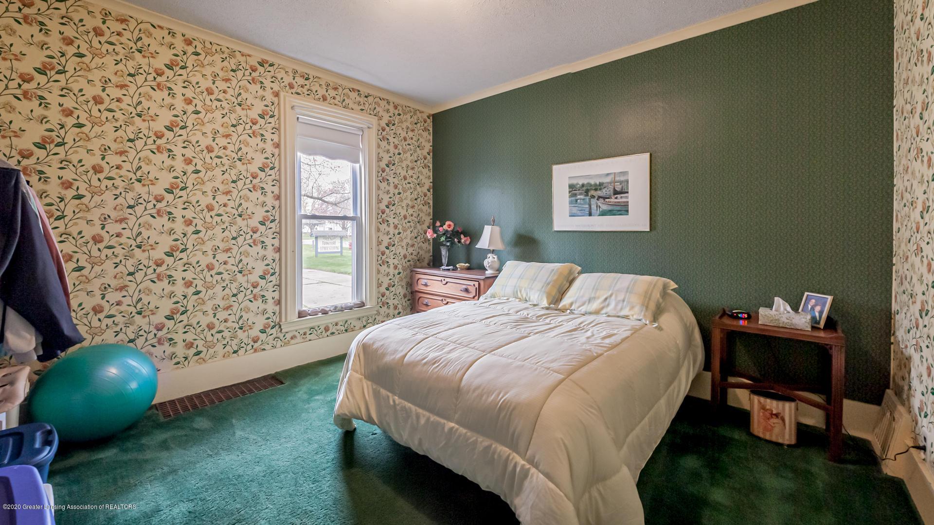 815 W Jefferson St - Bedroom - 10