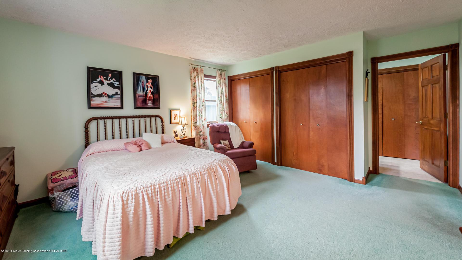 815 W Jefferson St - Bedroom - 17