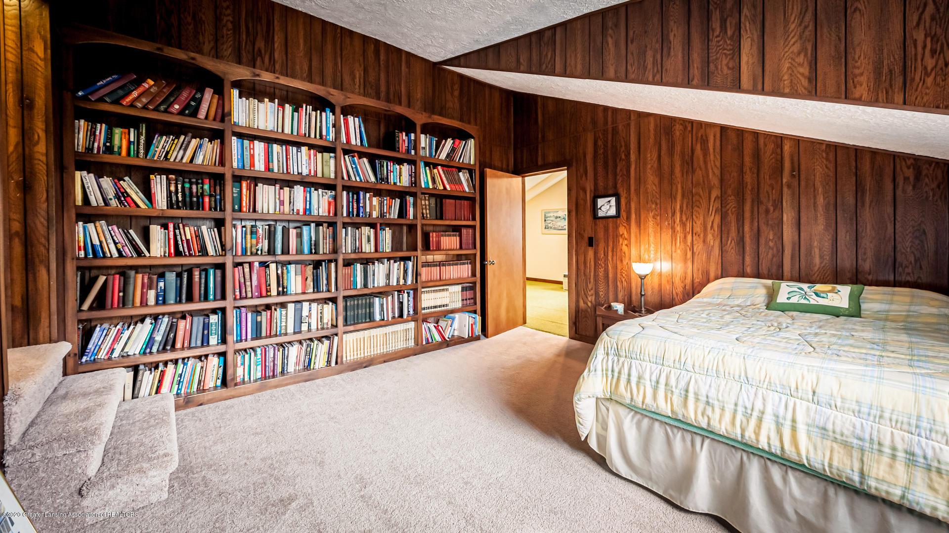815 W Jefferson St - Bedroom - 22