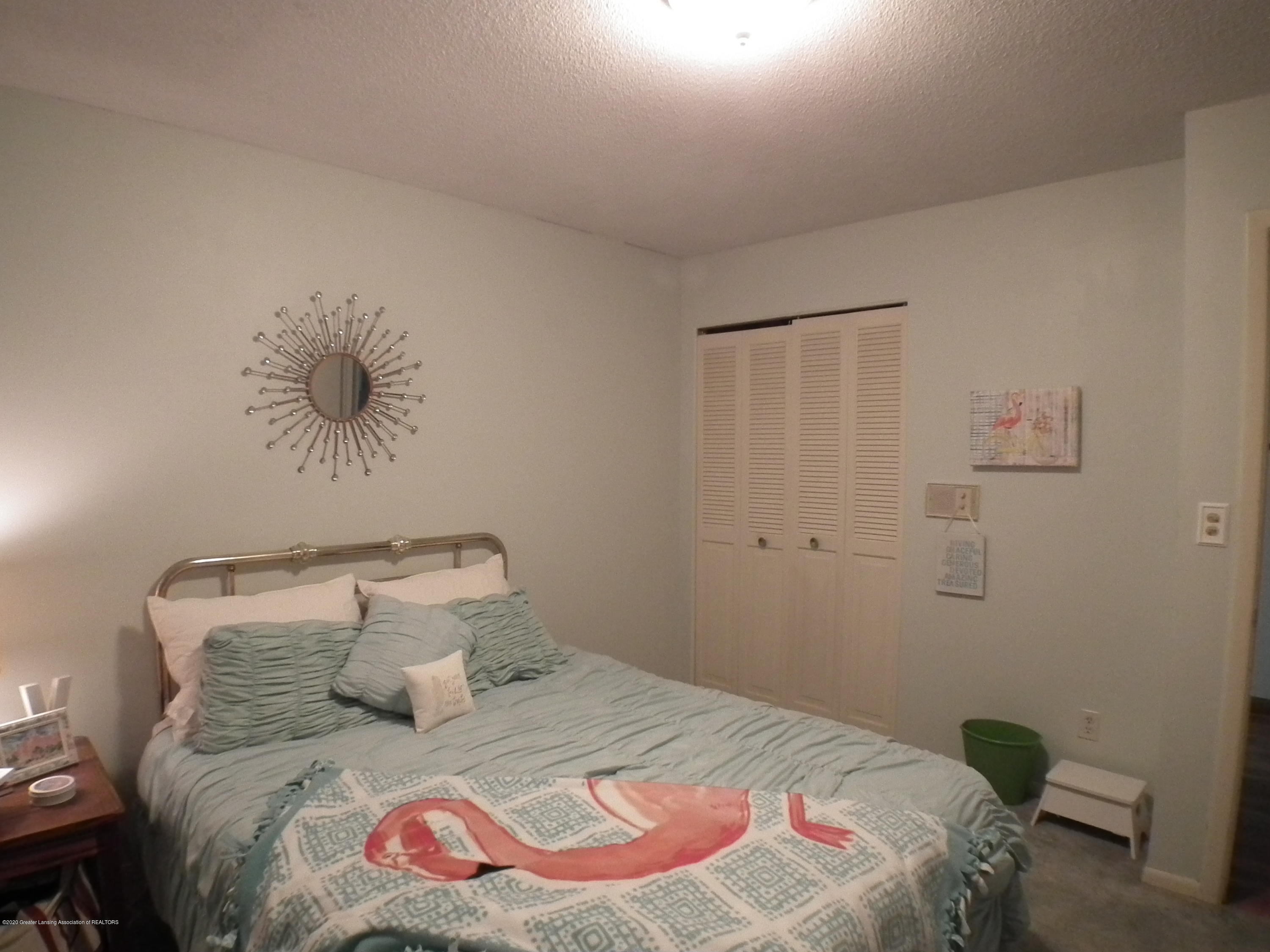 5600 Grand River Dr - 3rd bedroom b - 28