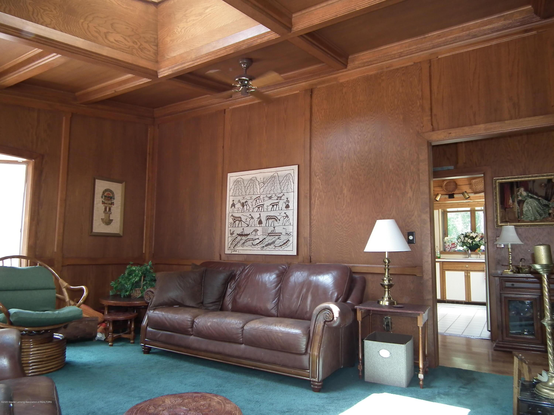 5600 Grand River Dr - Oak Room b - 15