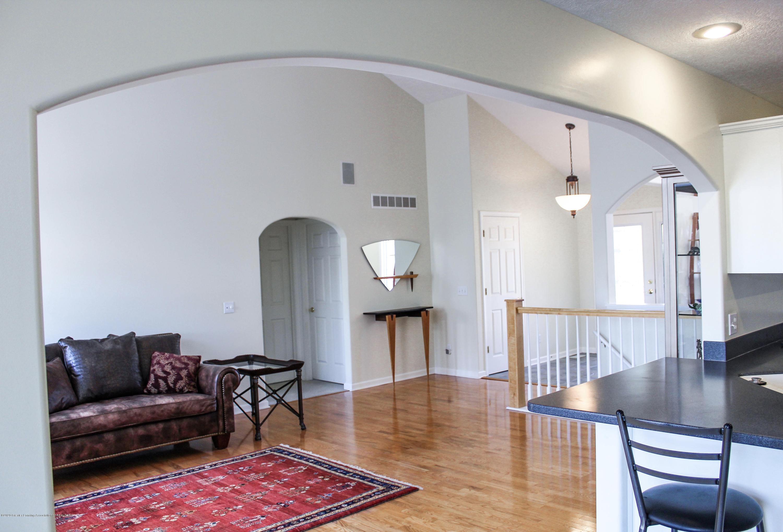 1086 Williamsburg Ct - Living Room - 9