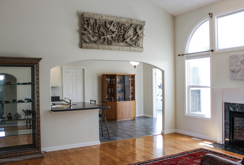 1086 Williamsburg Ct - Living Room - 12