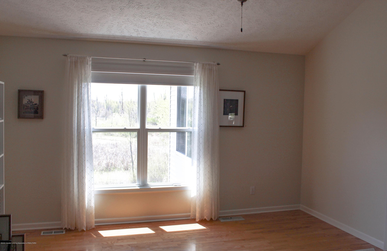 1086 Williamsburg Ct - Master Bedroom - 20