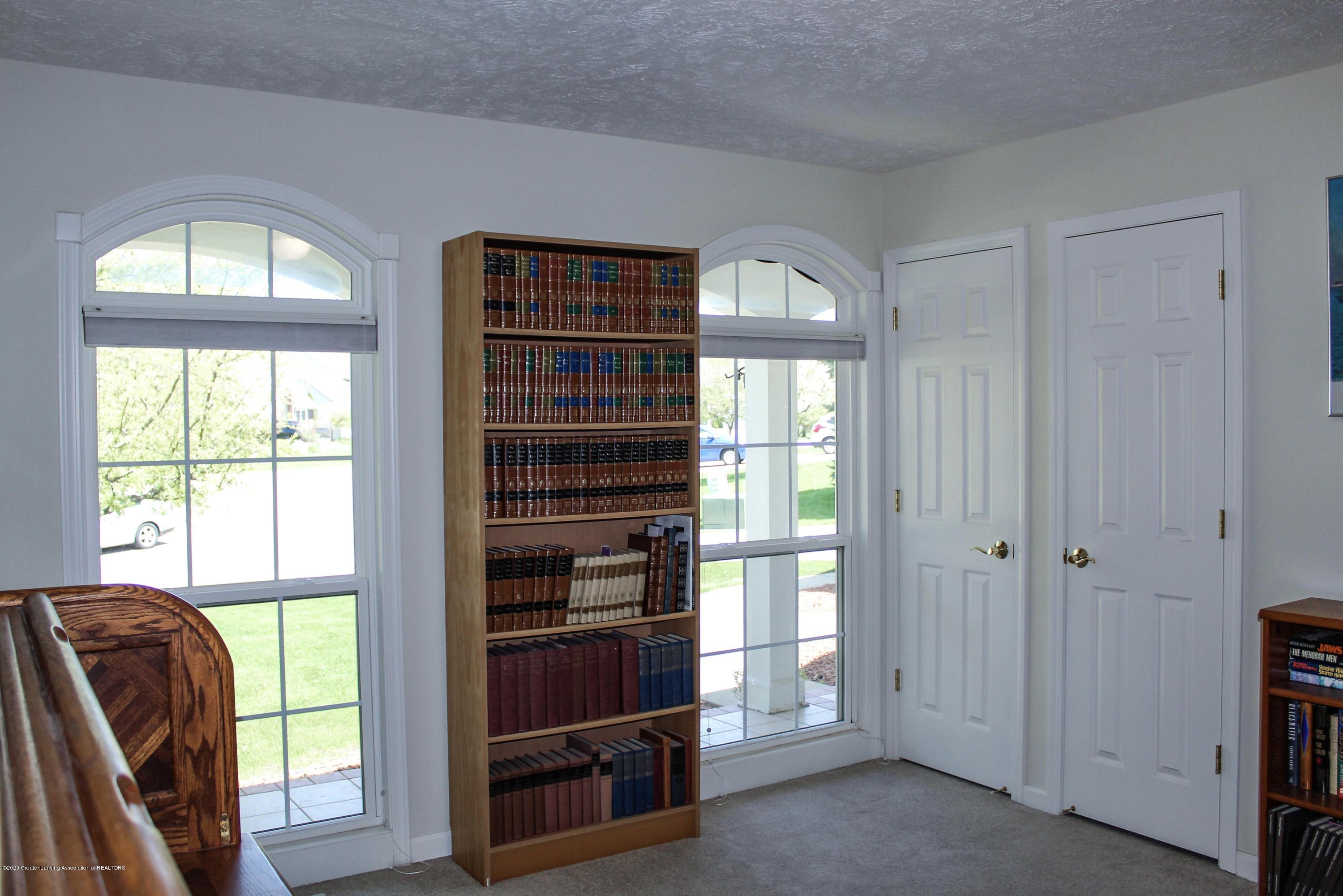 1086 Williamsburg Ct - Bedroom 3 - 34