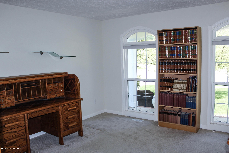 1086 Williamsburg Ct - Bedroom 3 - 33