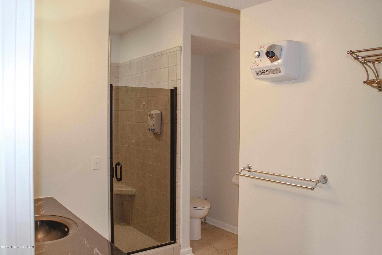1086 Williamsburg Ct - Bathroom 3 - 43