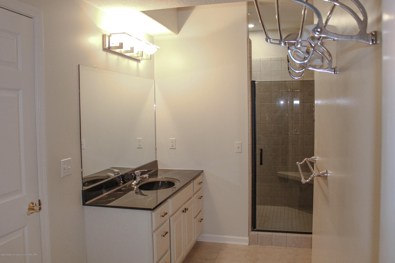 1086 Williamsburg Ct - Bathroom 3 - 44