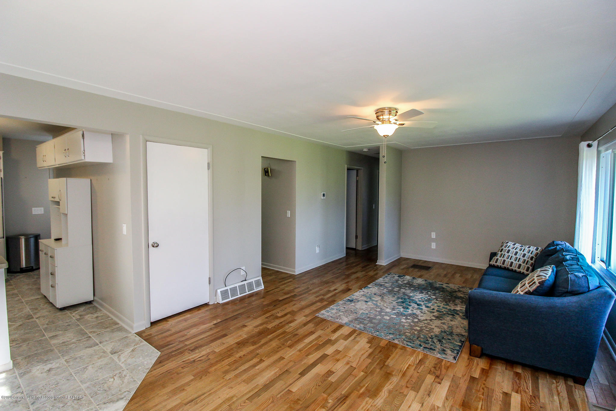 13259 Allen St - Living Room - 10
