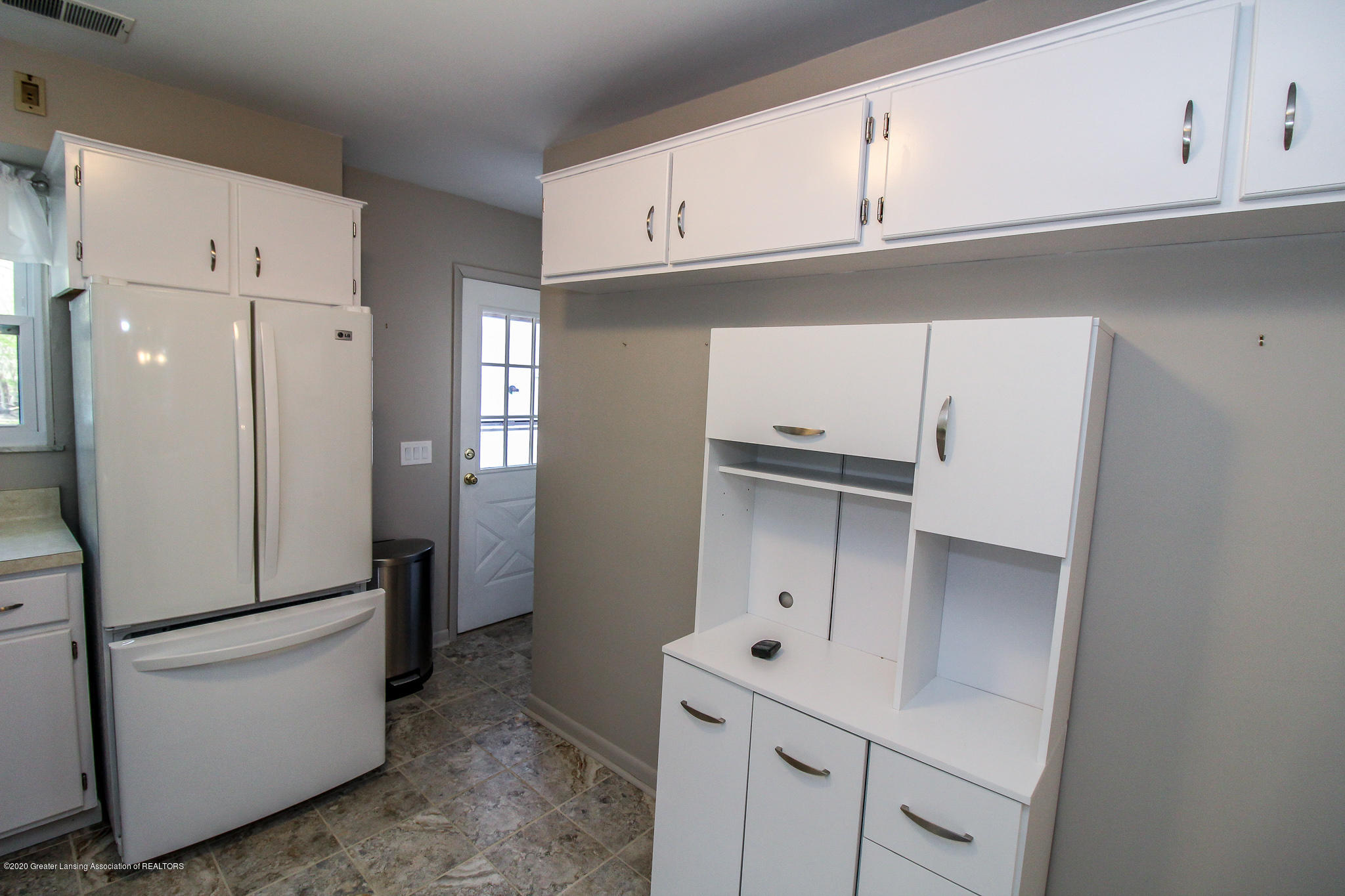 13259 Allen St - Kitchen - 17