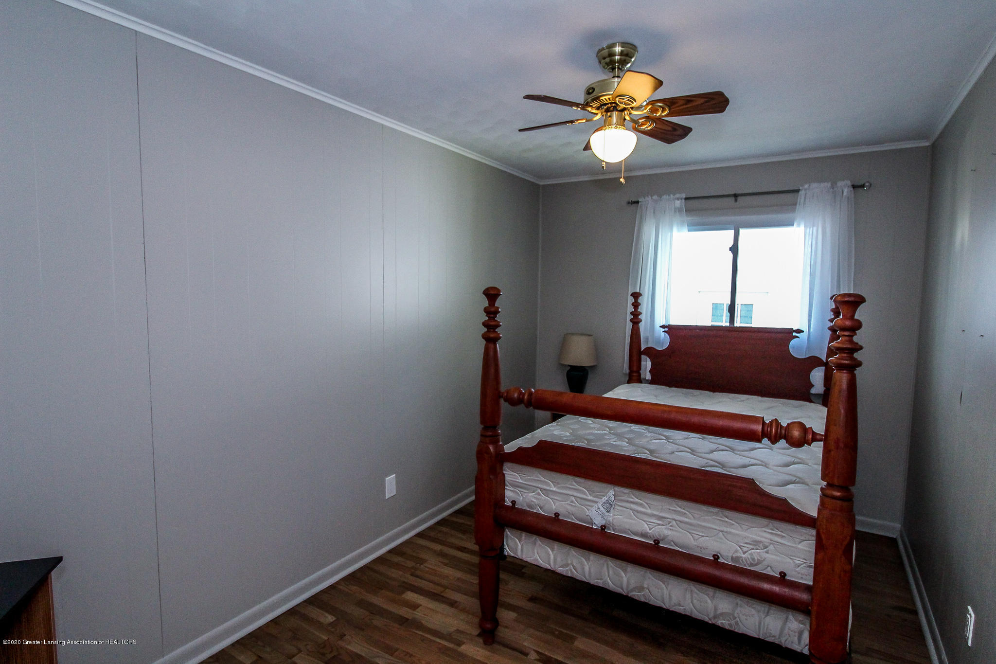 13259 Allen St - Bedroom - 21