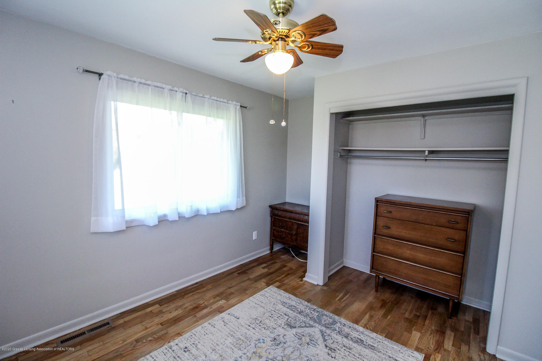 13259 Allen St - Bedroom - 25