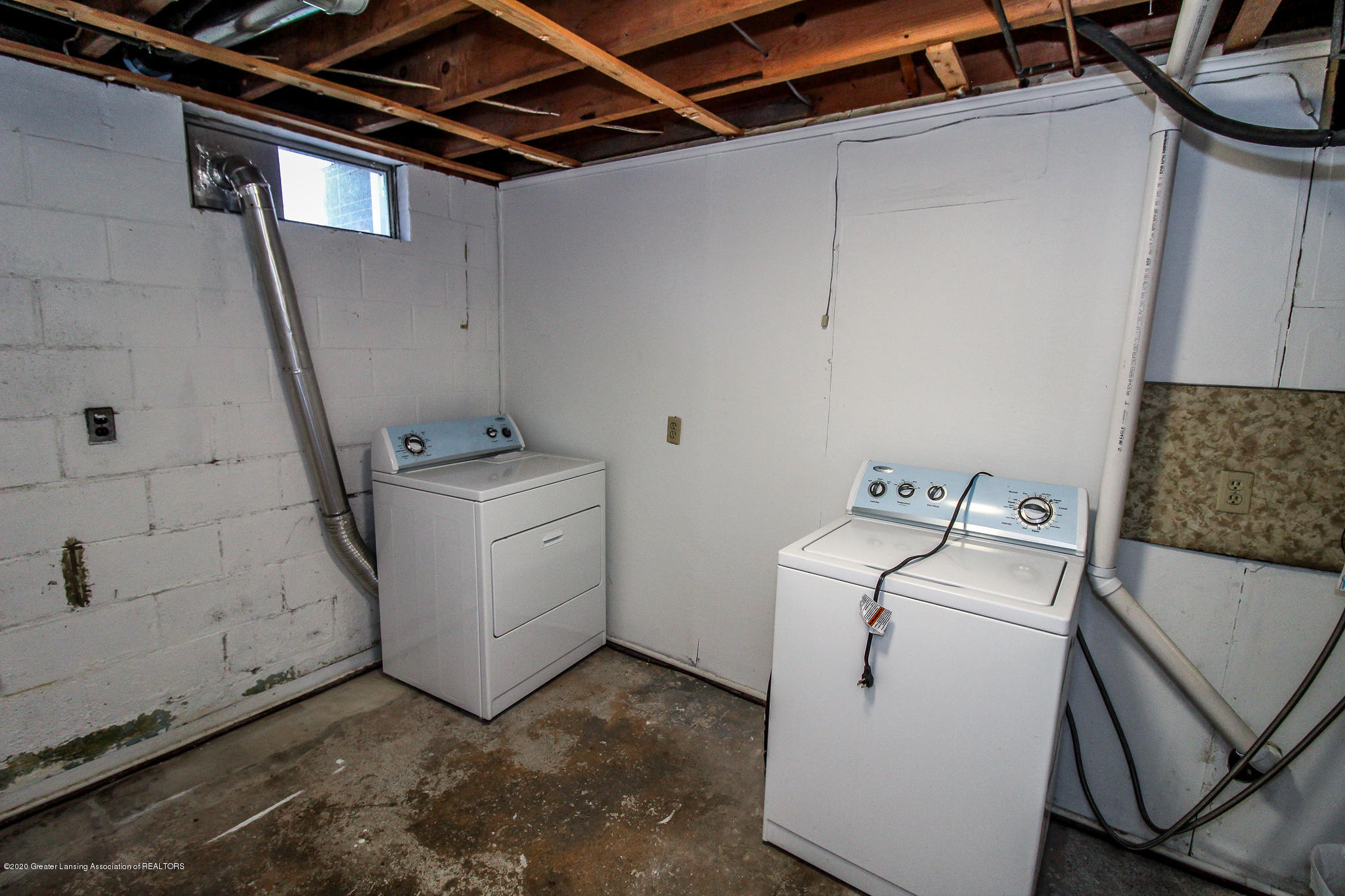 13259 Allen St - Laundry Lower Level - 36