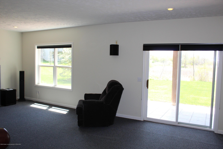 1086 Williamsburg Ct - Family Room - 37