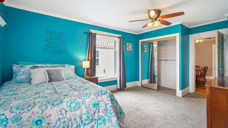 411 S River St - Master Bedroom - 16