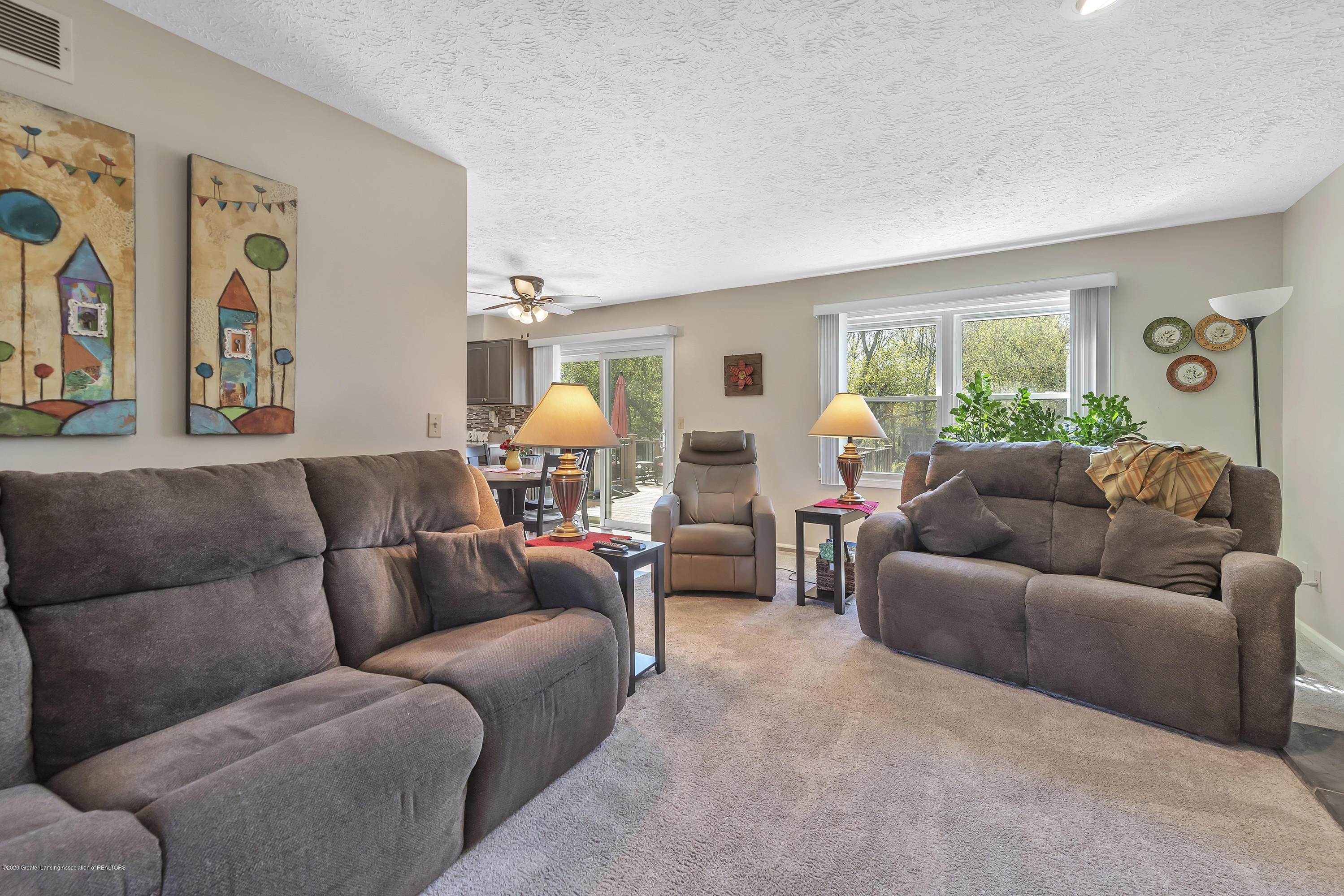 5575 Canoga Ln - Family Room - 8