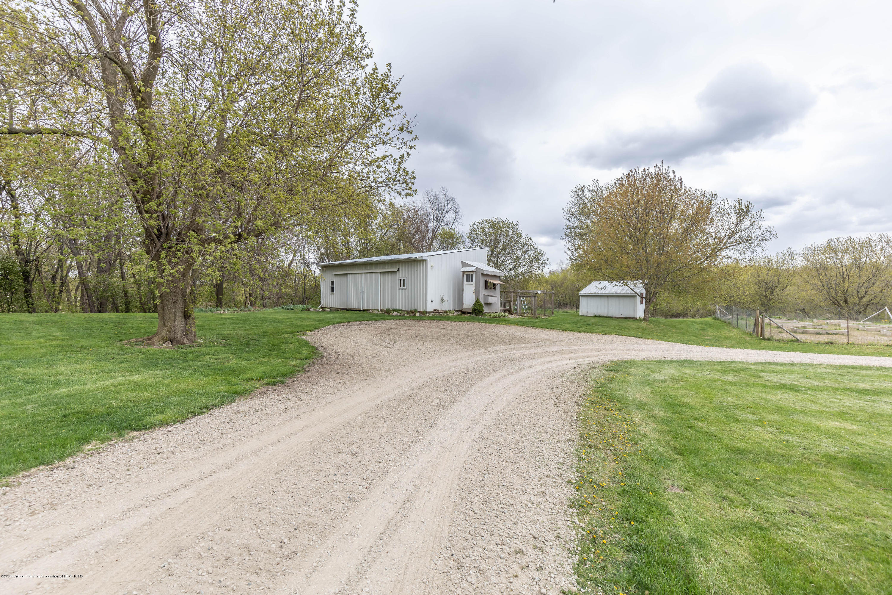 5189 Pittsburg Rd - pitssback2(1of1) - 48