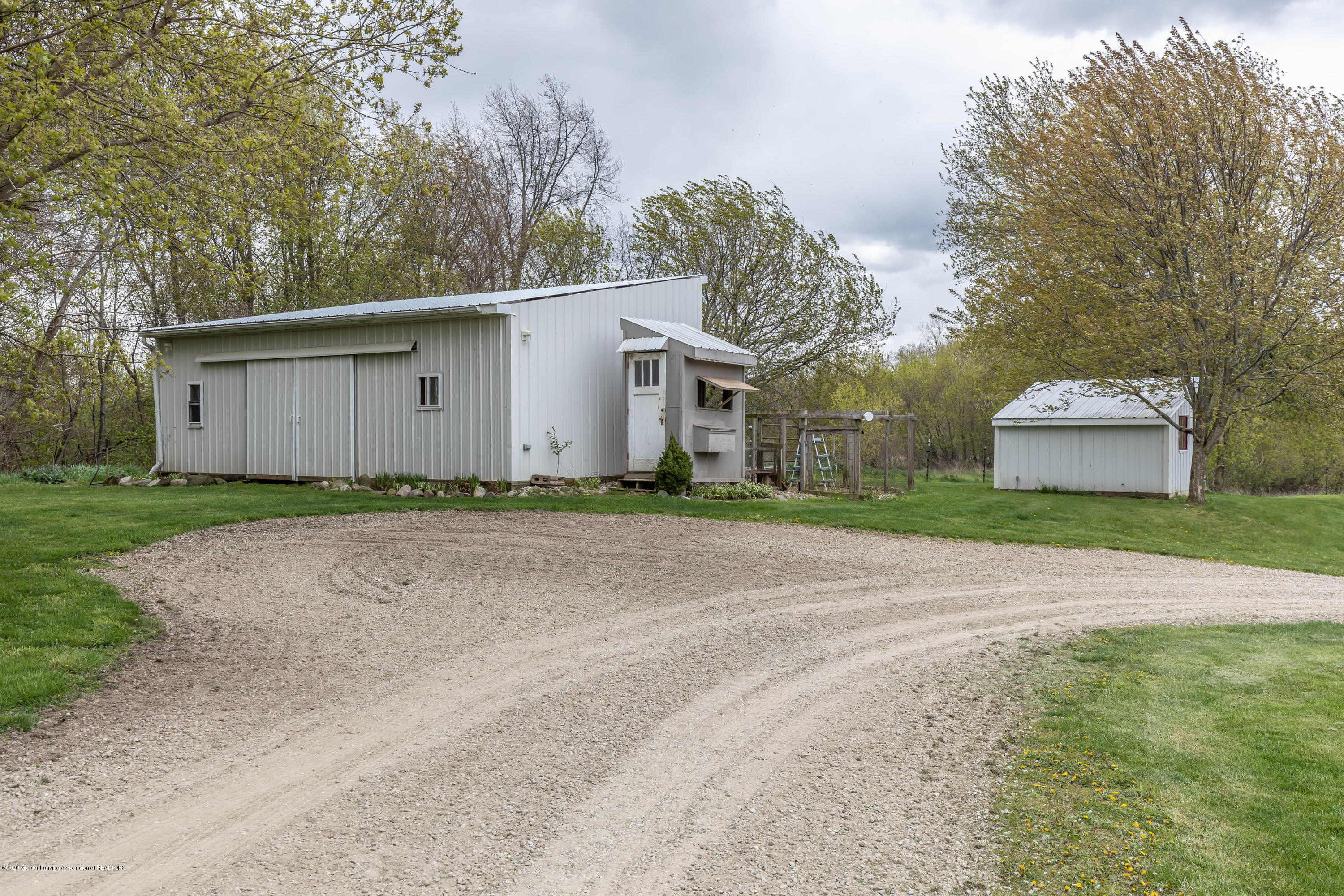 5189 Pittsburg Rd - pitssback3(1of1) - 49
