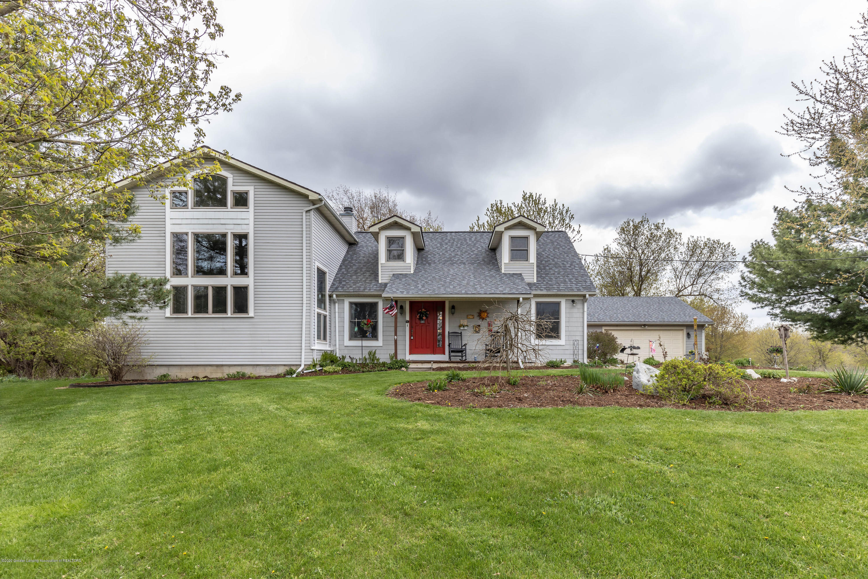 5189 Pittsburg Rd - pitssfront3(1of1) - 70