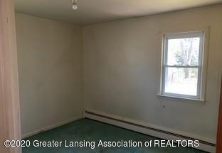 726 Sanford Ave - bedroom1 - 8