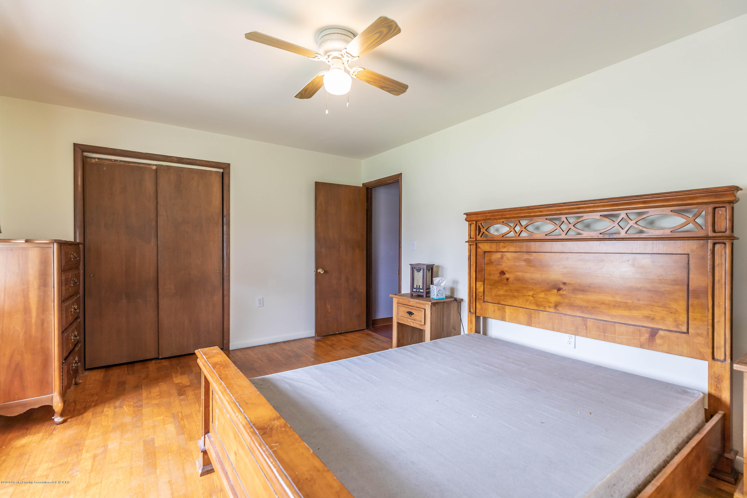 4790 W Grand River Rd - grandriverbed31 (1 of 1) - 24