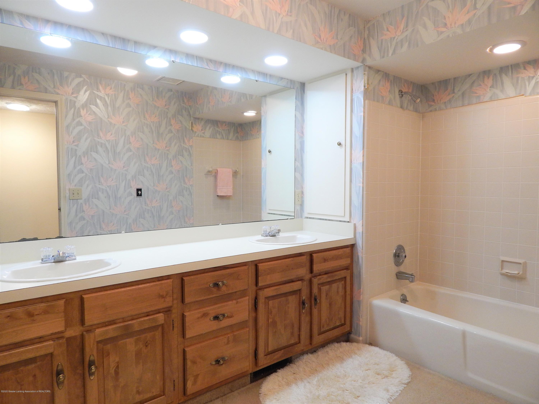 9283 W Scenic Lake Dr - 2nd Bathroom - 41