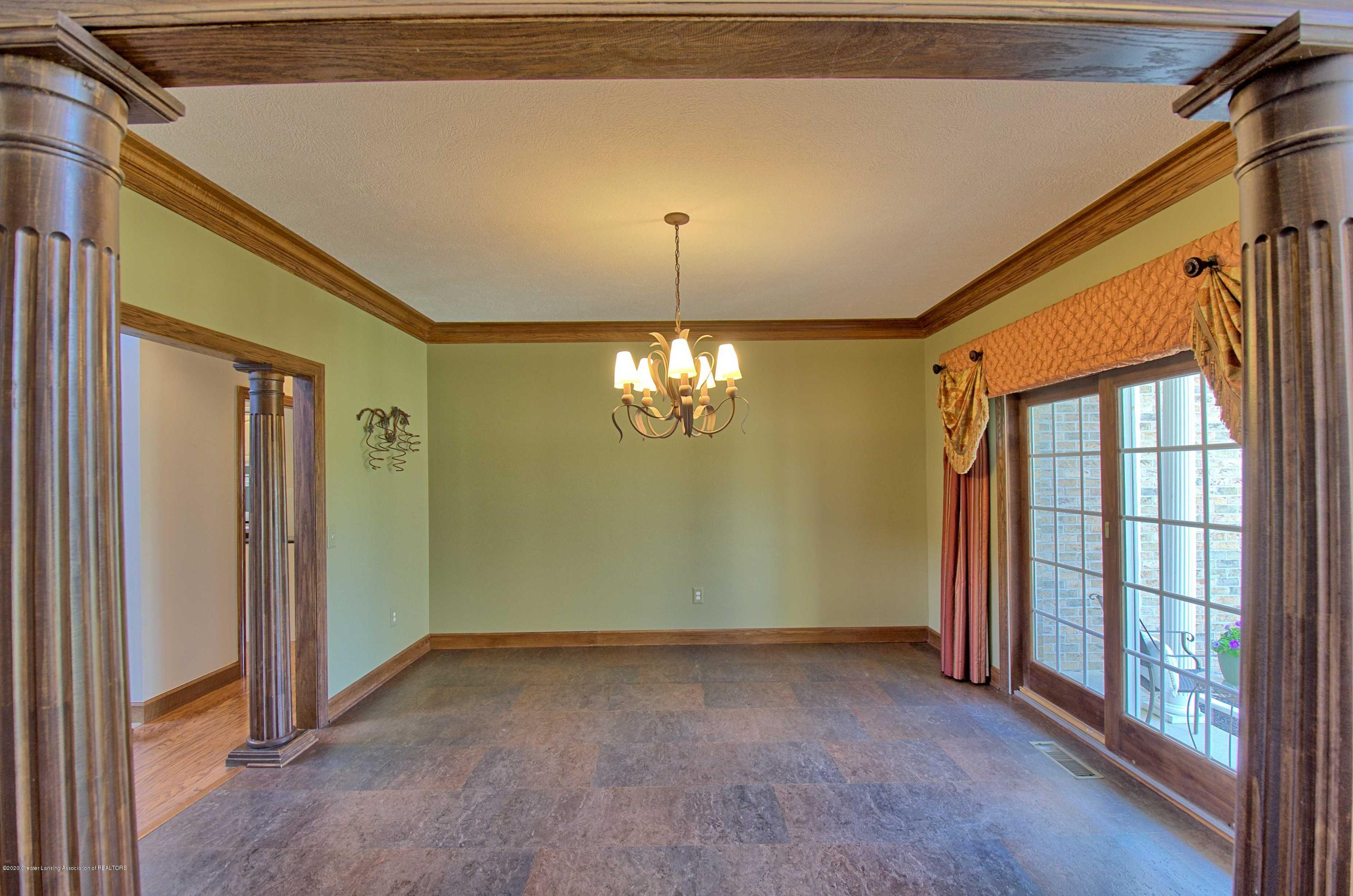 2615 Hummingbird Ln - DINING ROOM - 7