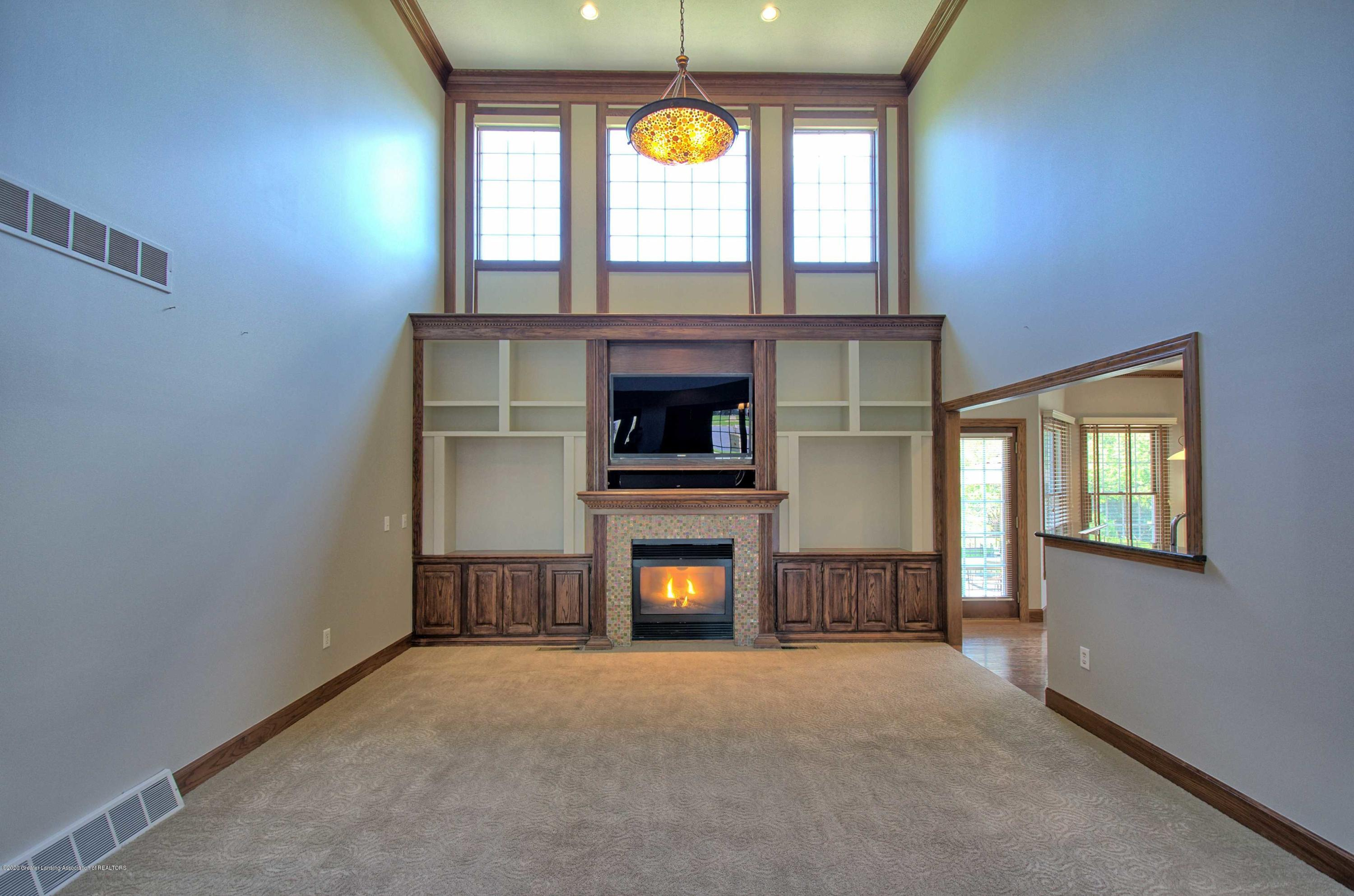 2615 Hummingbird Ln - GREAT ROOM - 10