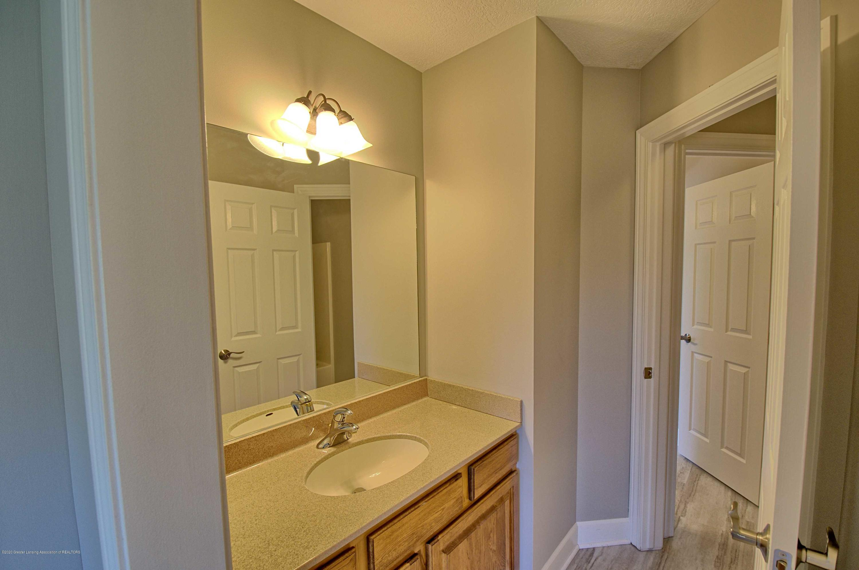 2615 Hummingbird Ln - JACK AND JILL BATH - 29