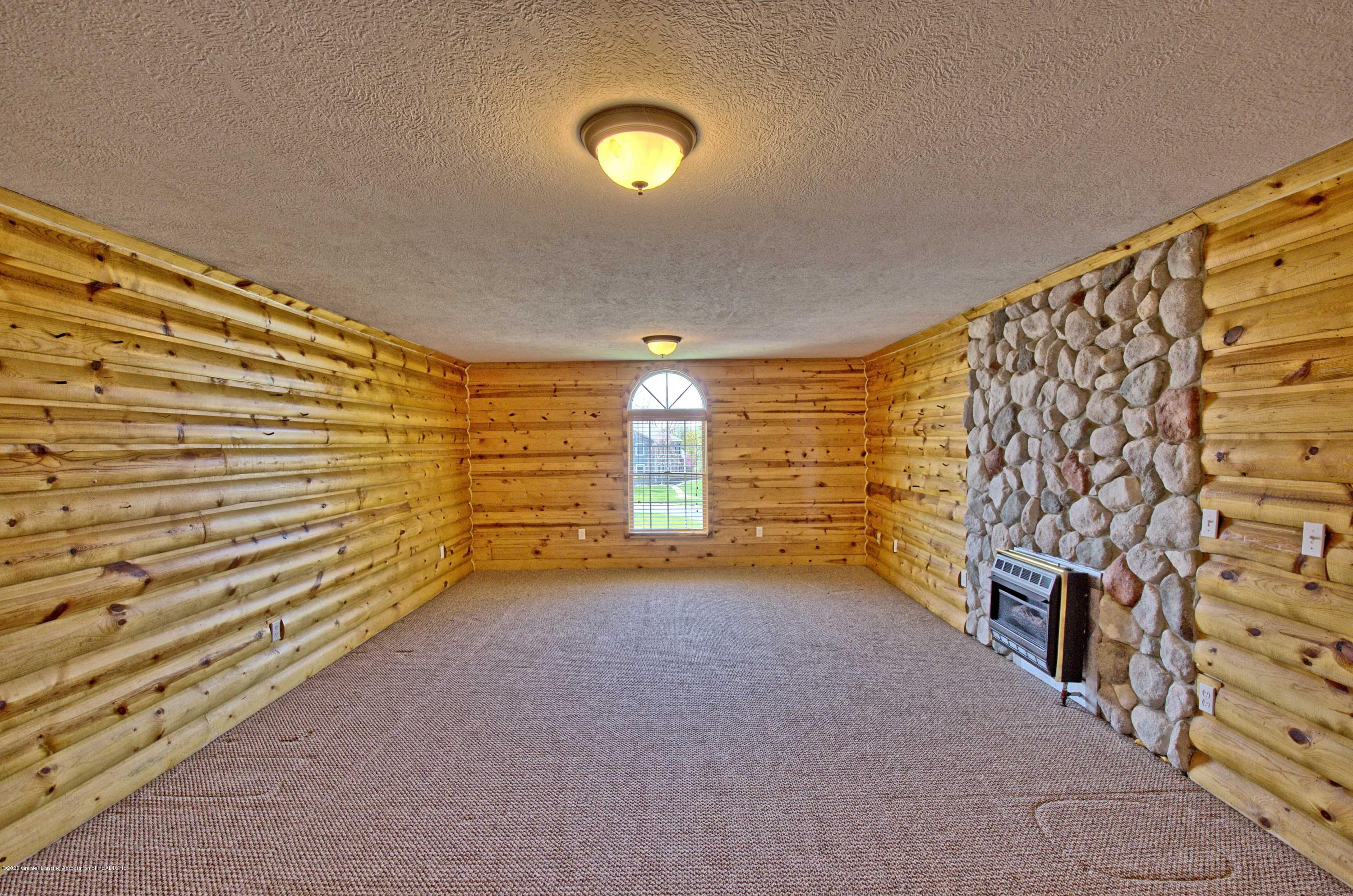 2615 Hummingbird Ln - MAN CAVE/BEDROOM - 32