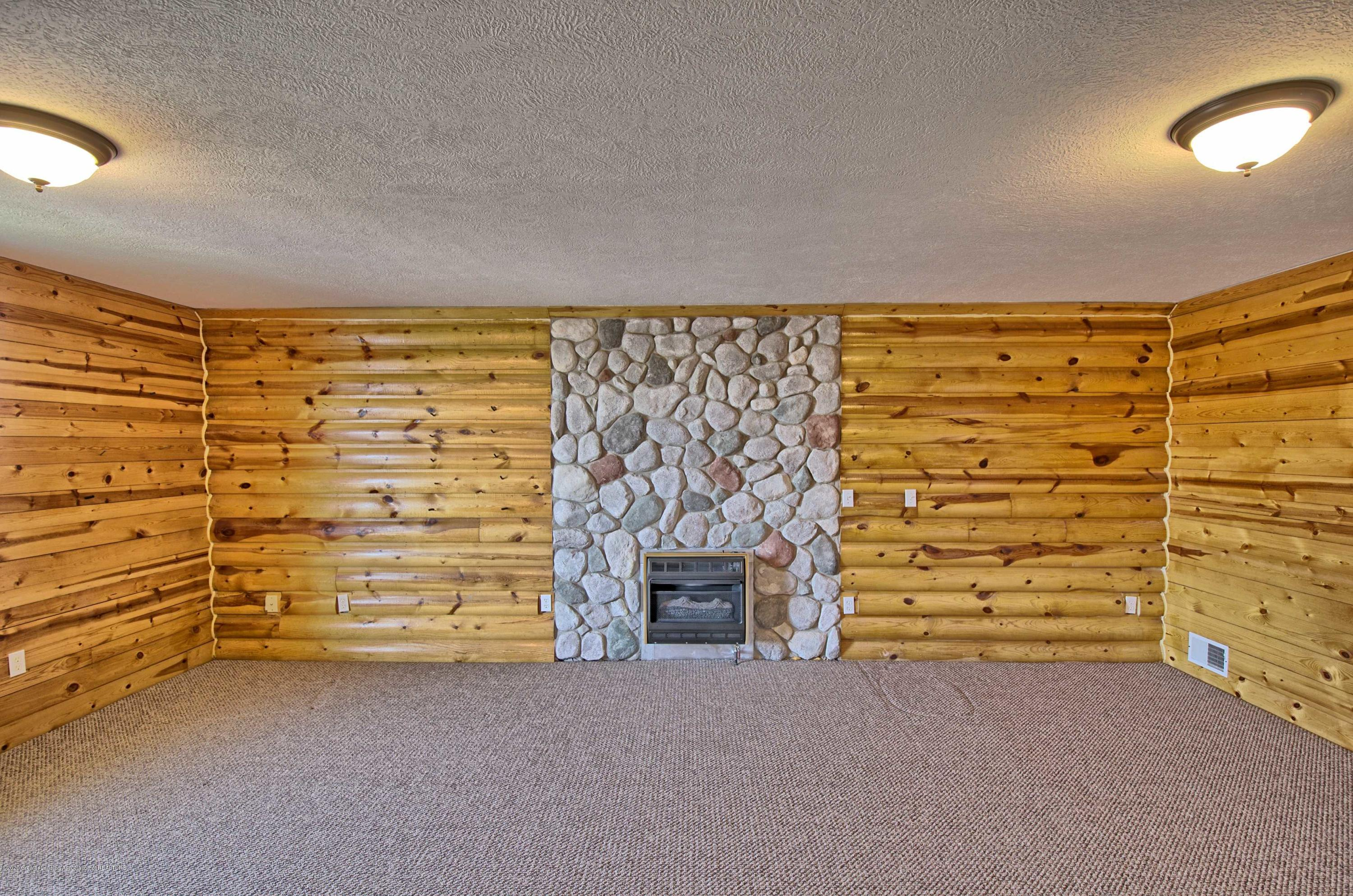 2615 Hummingbird Ln - MAN CAVE/BEDROOM - 33