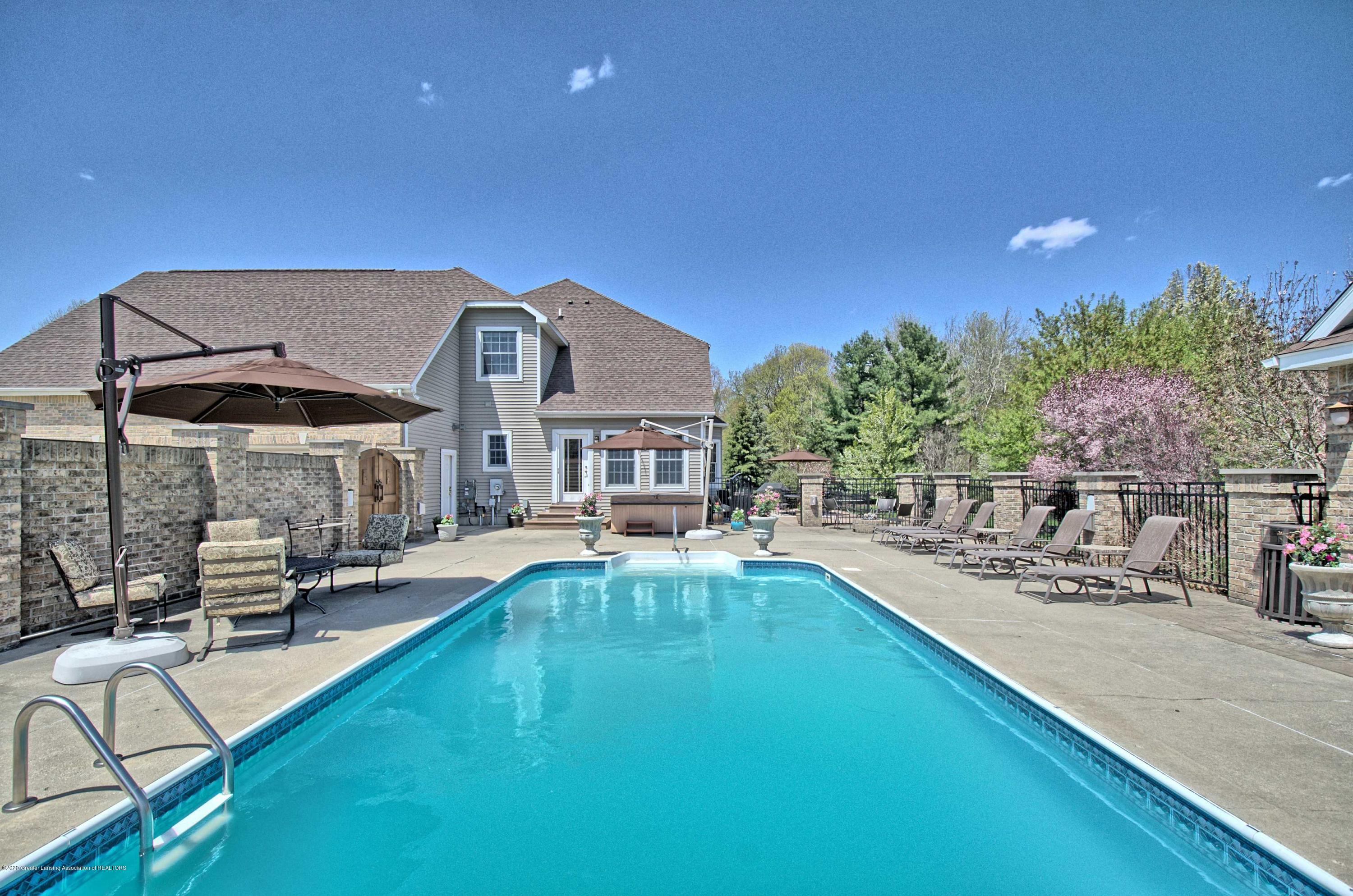 2615 Hummingbird Ln - POOL - 48