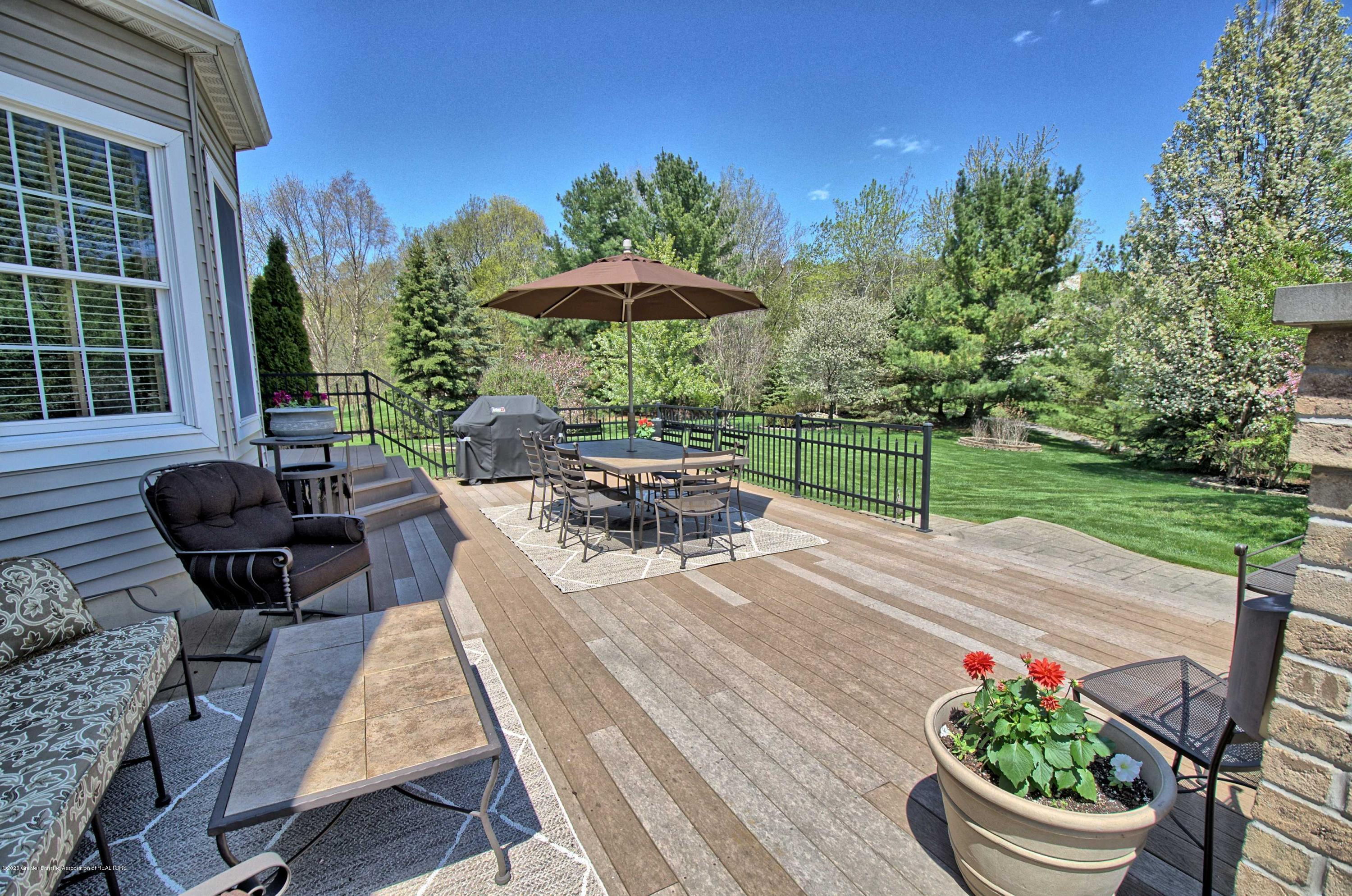2615 Hummingbird Ln - DECK/PATIO - 55