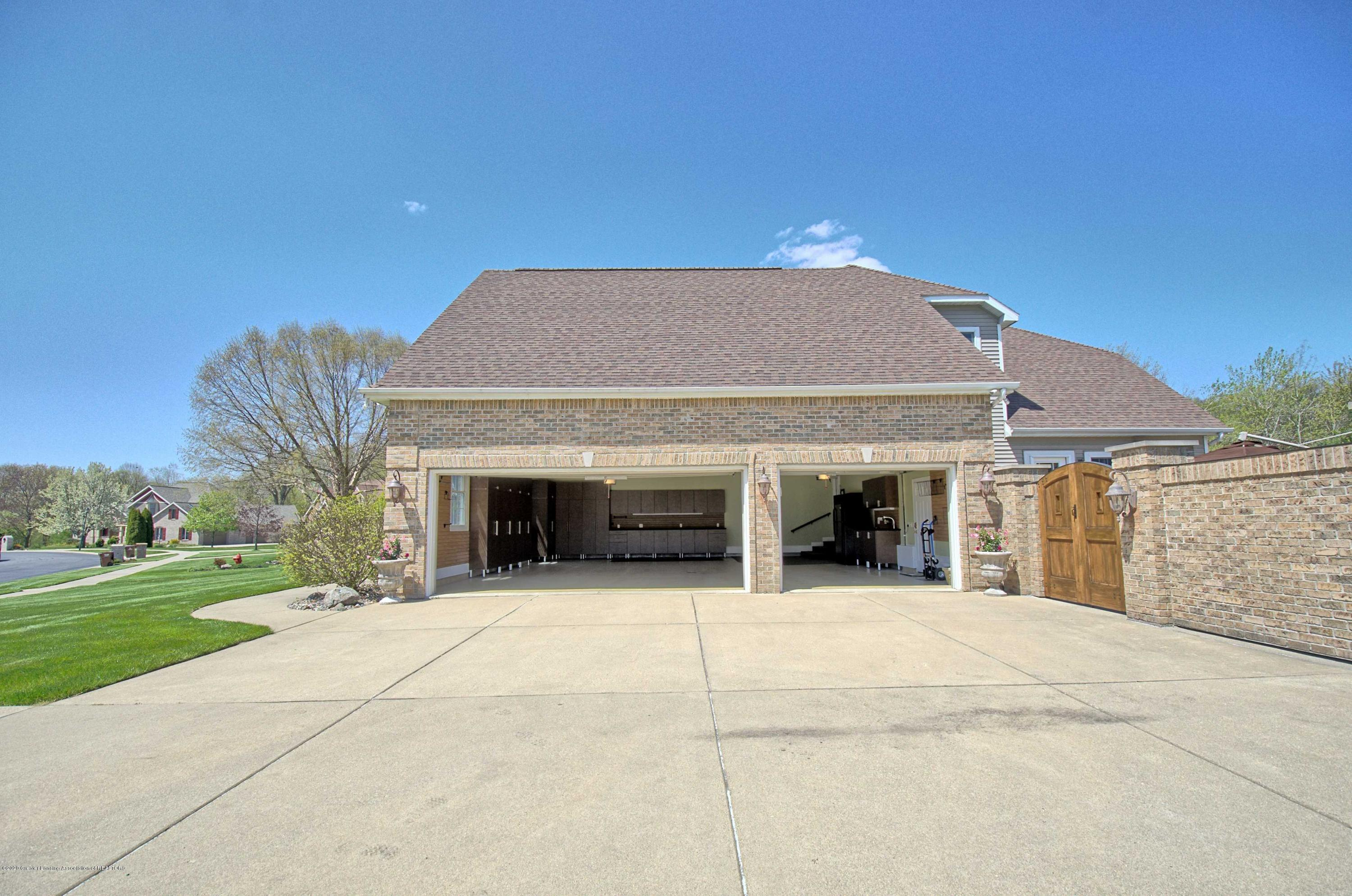 2615 Hummingbird Ln - GARAGE - 62