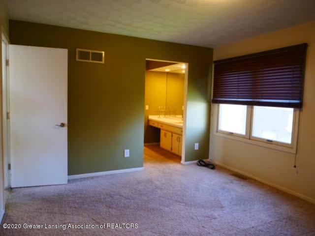 13035 Apple Tree Ln - Master Bedroom - 10