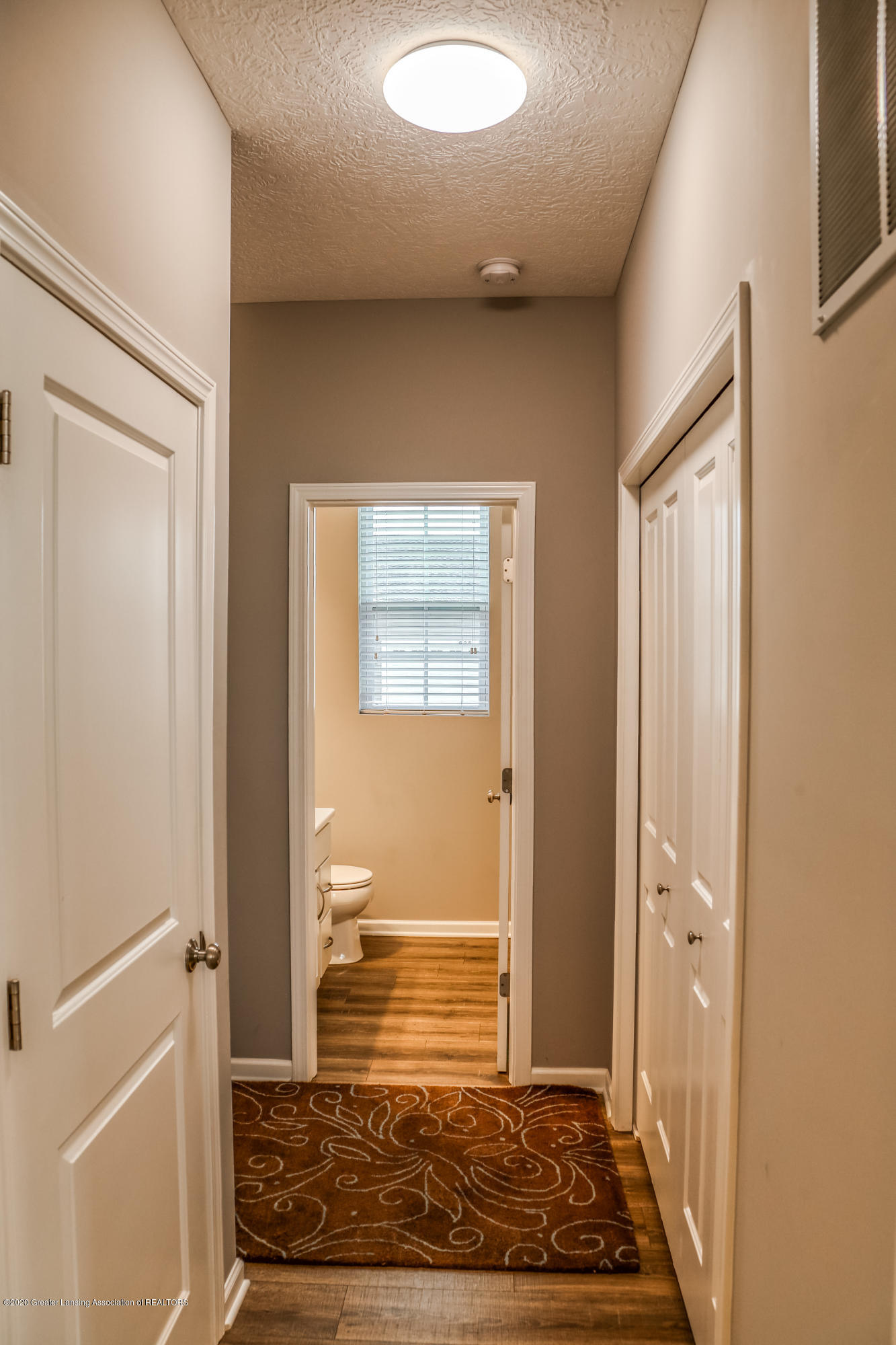 636 Buteo Dr - Back Hall/Mud Room - 14