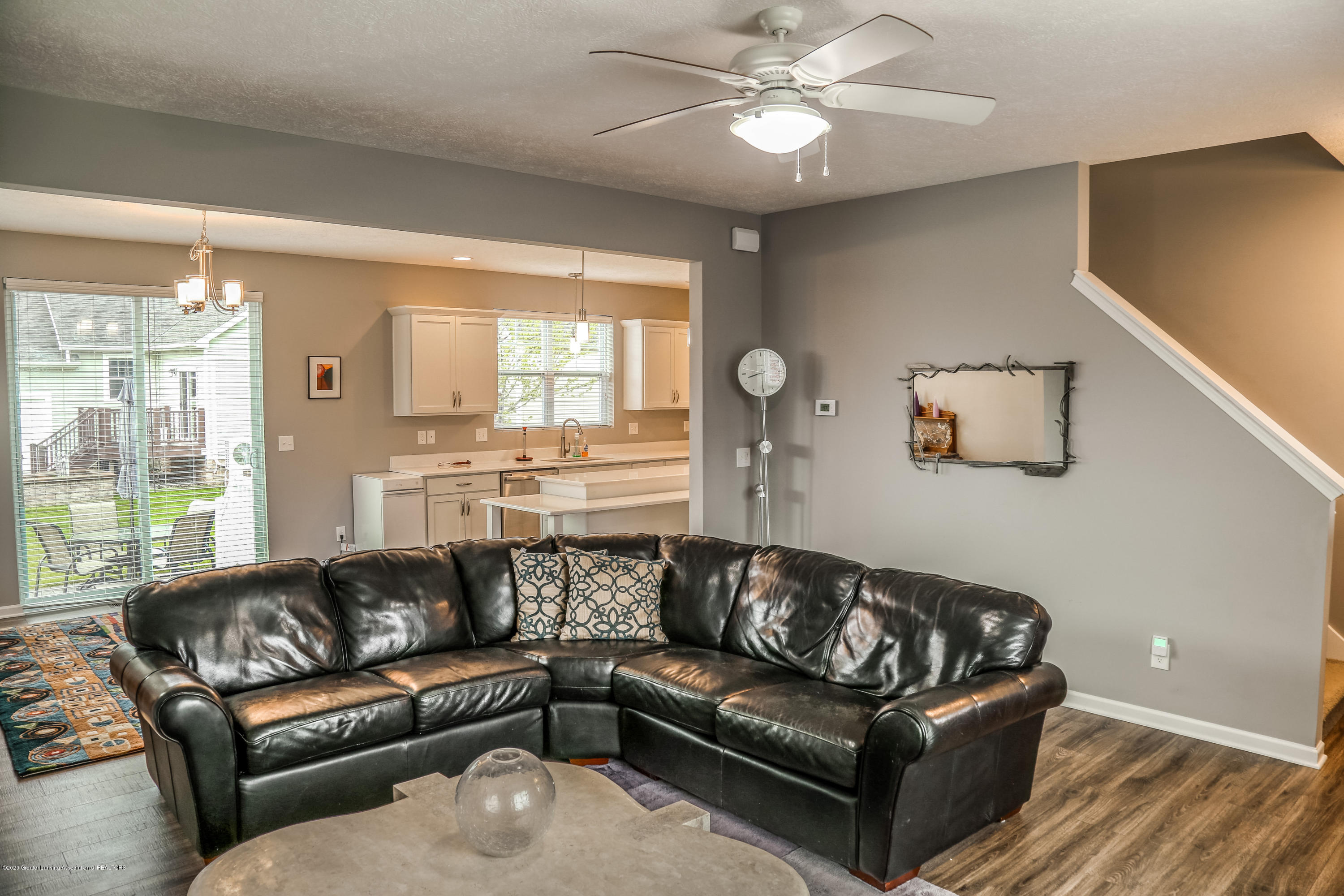 636 Buteo Dr - Living Room - 5