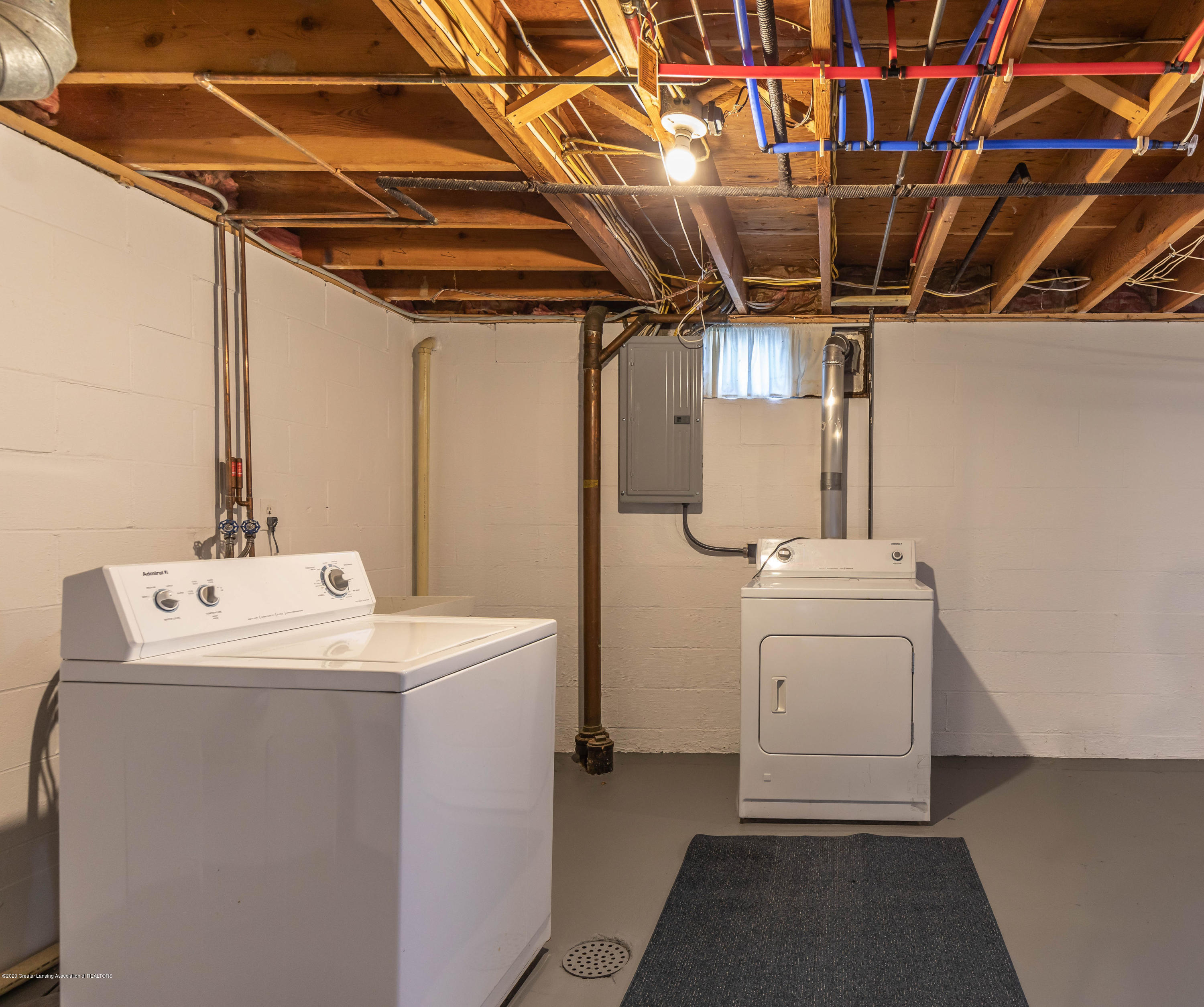 134 Kenberry Dr - Laundry - 38