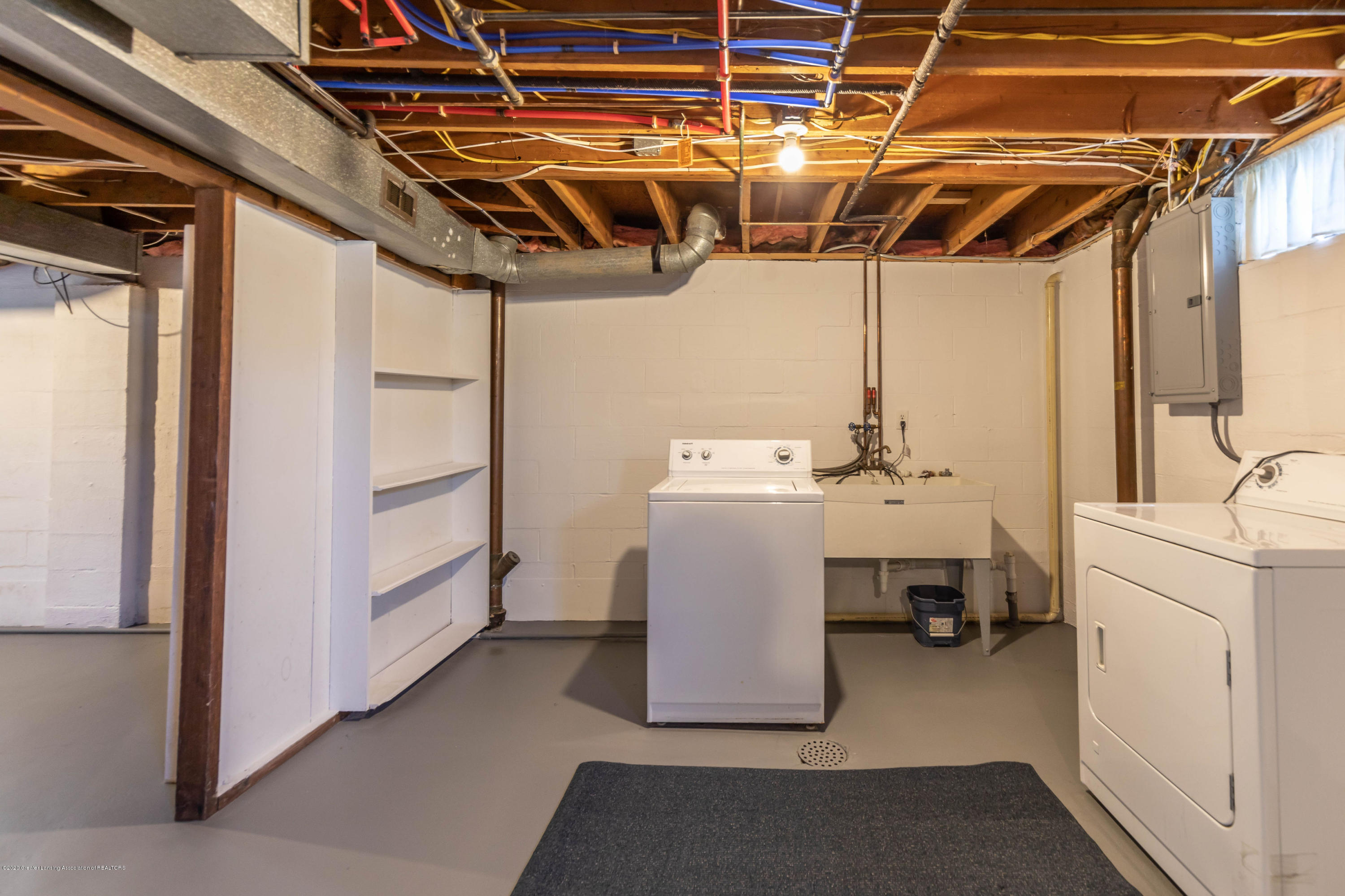 134 Kenberry Dr - Laundry - 37