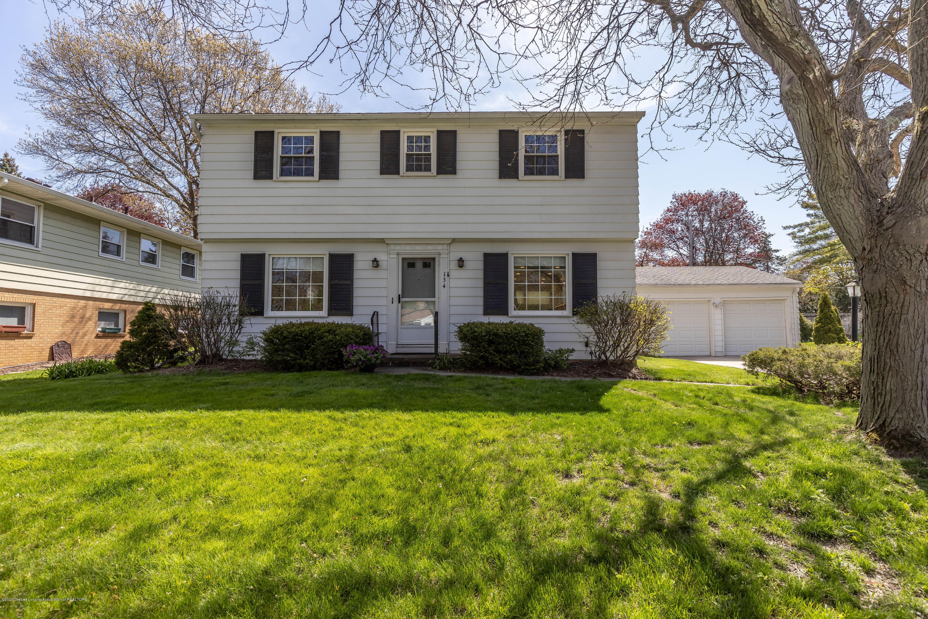 134 Kenberry Dr - Front - 2