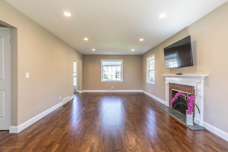 134 Kenberry Dr - Living room - 18