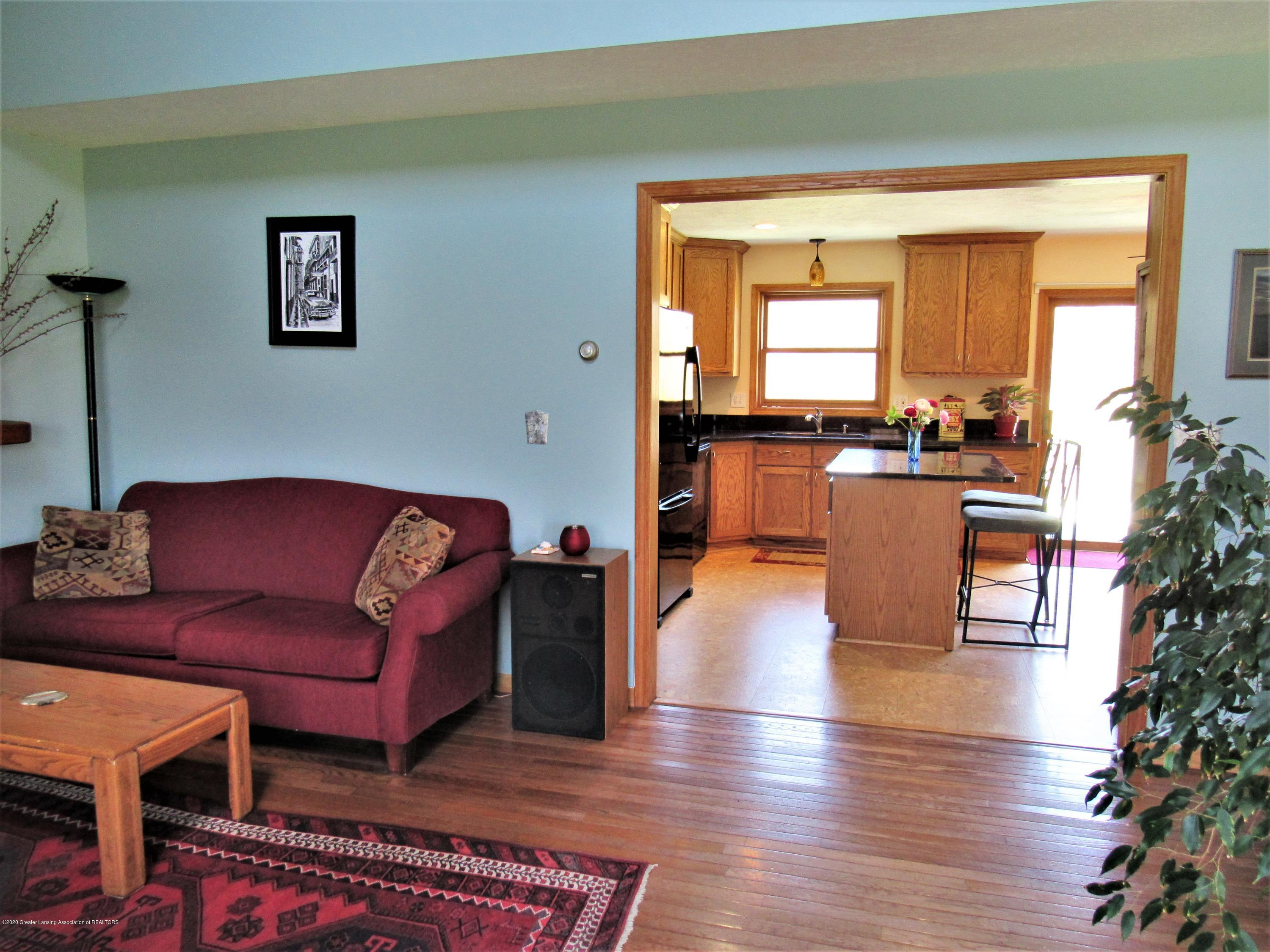 11772 Maryellen Dr - Living Rm to Kitchen - 10