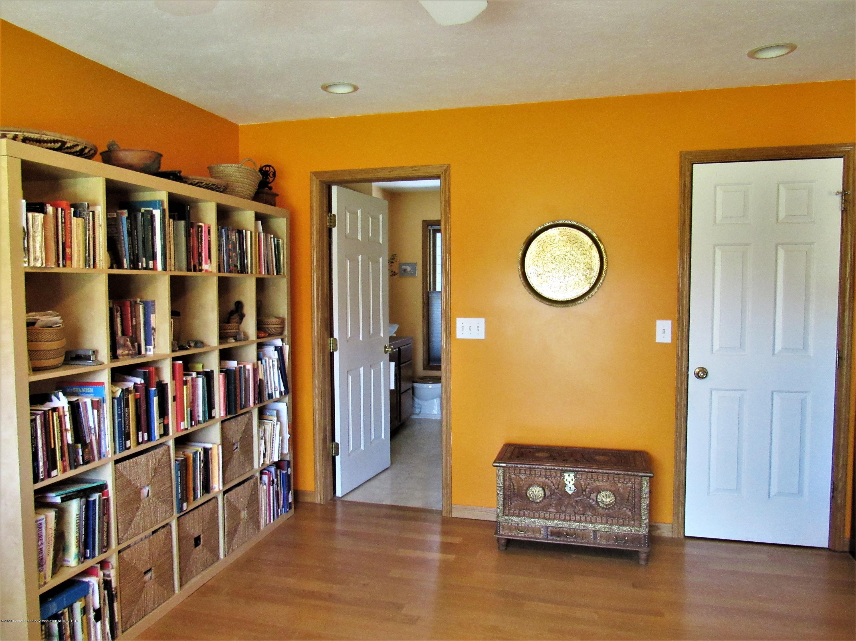 11772 Maryellen Dr - Bath & Walk-in Closet - 19